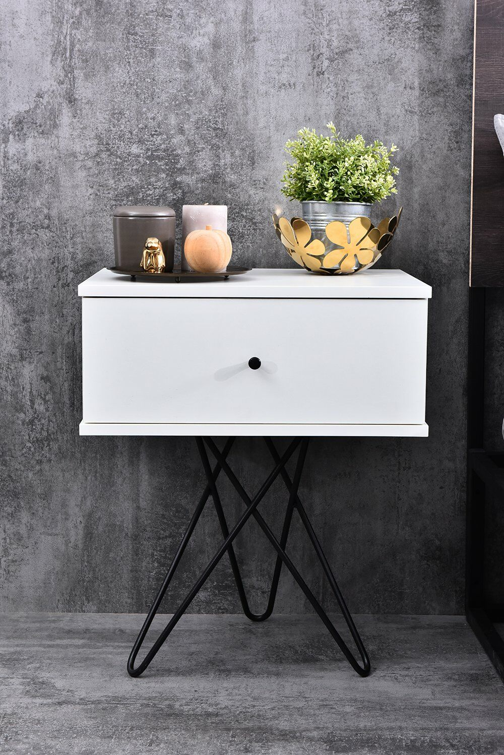 Gianni Bedside 1 Drawer Nightstand Color: White