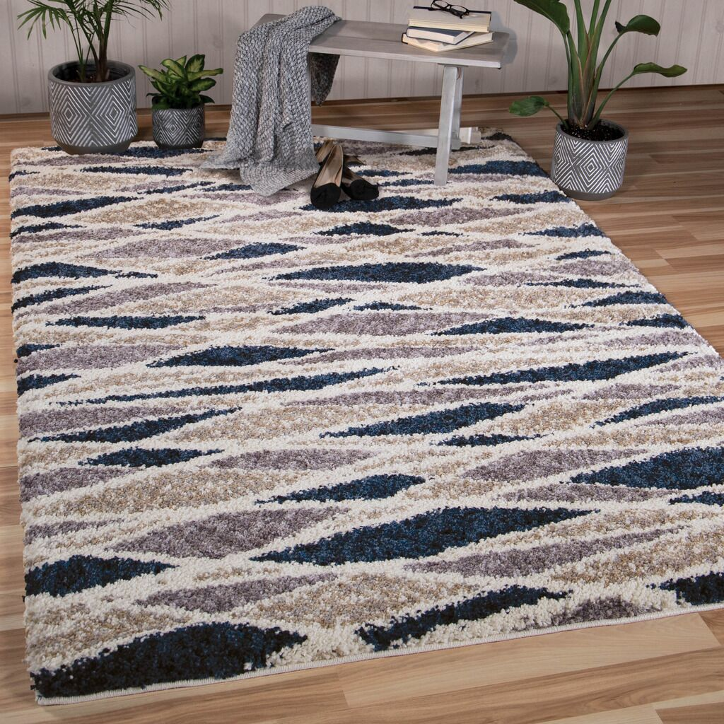 Mazzeo Beige/Gray Area Rug Rug Size: Rectangle 5'3