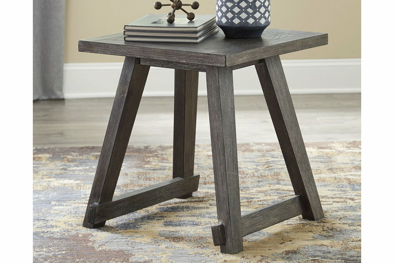 Beere End Table