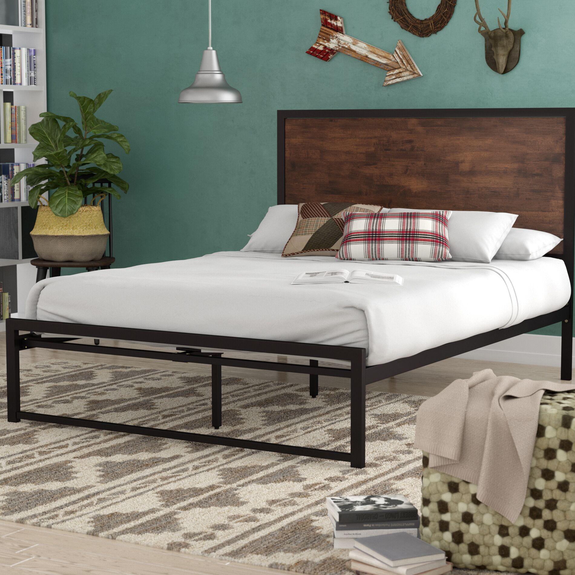 Nadolski Rustic Industrial Platform Bed Size: Full