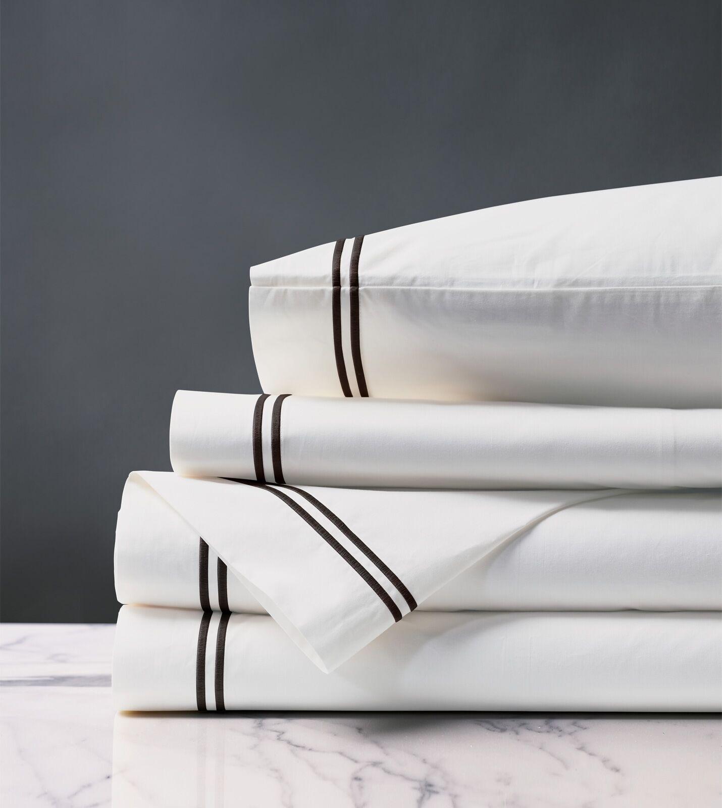 Santorini Splash 200 Thread Count Sheet Set Size: Twin, Color: White/Black
