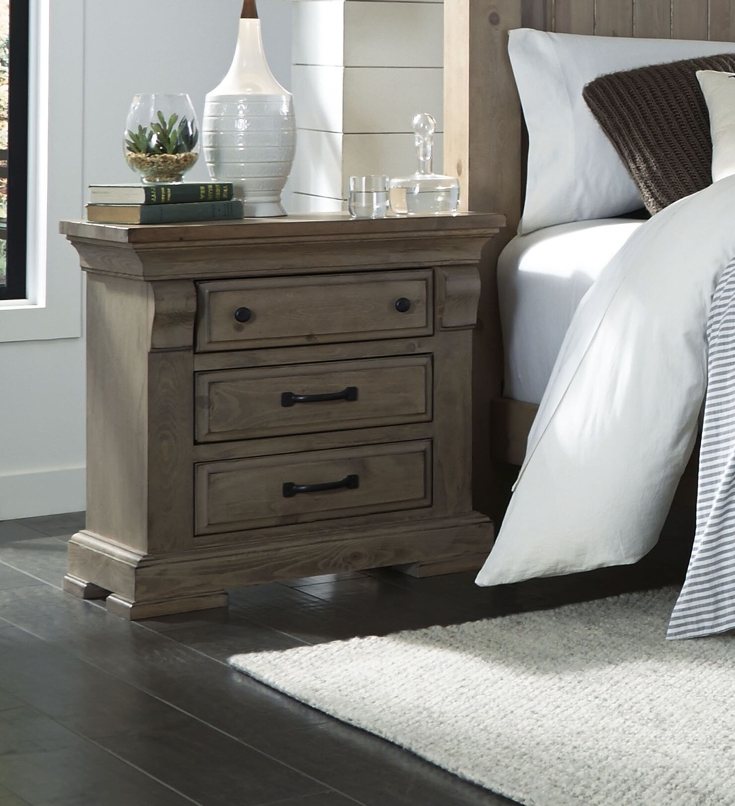 Pettit 3 Drawer Nightstand Color: Natural