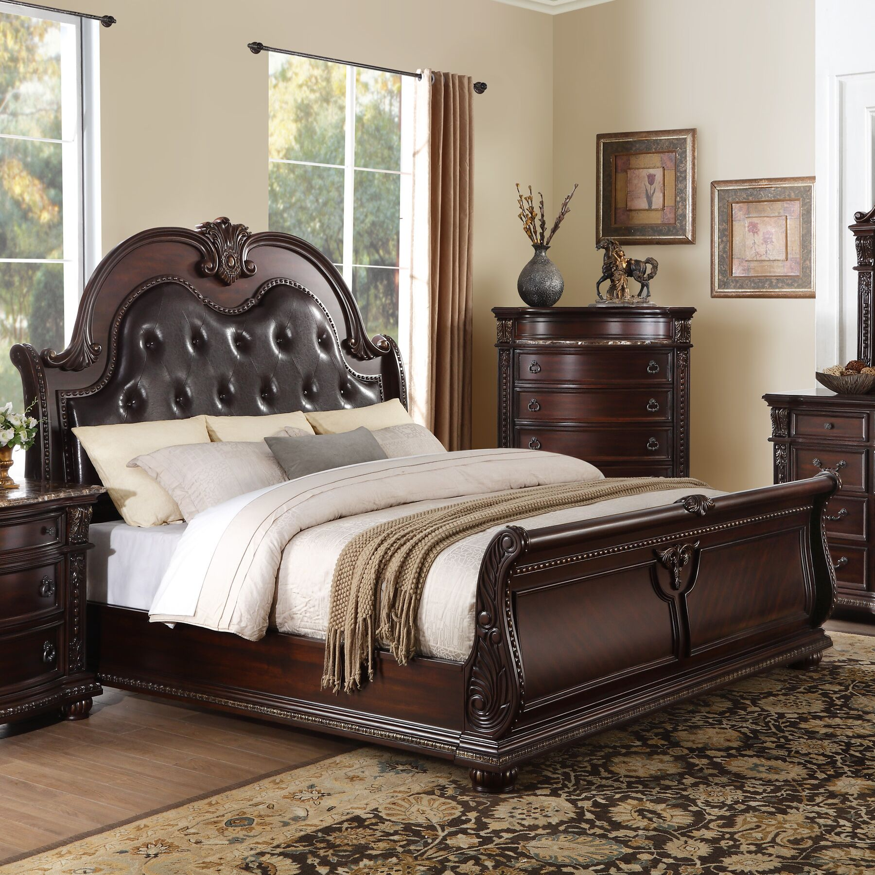 Caitlyn Upholstered Sleigh Bed Size: California King