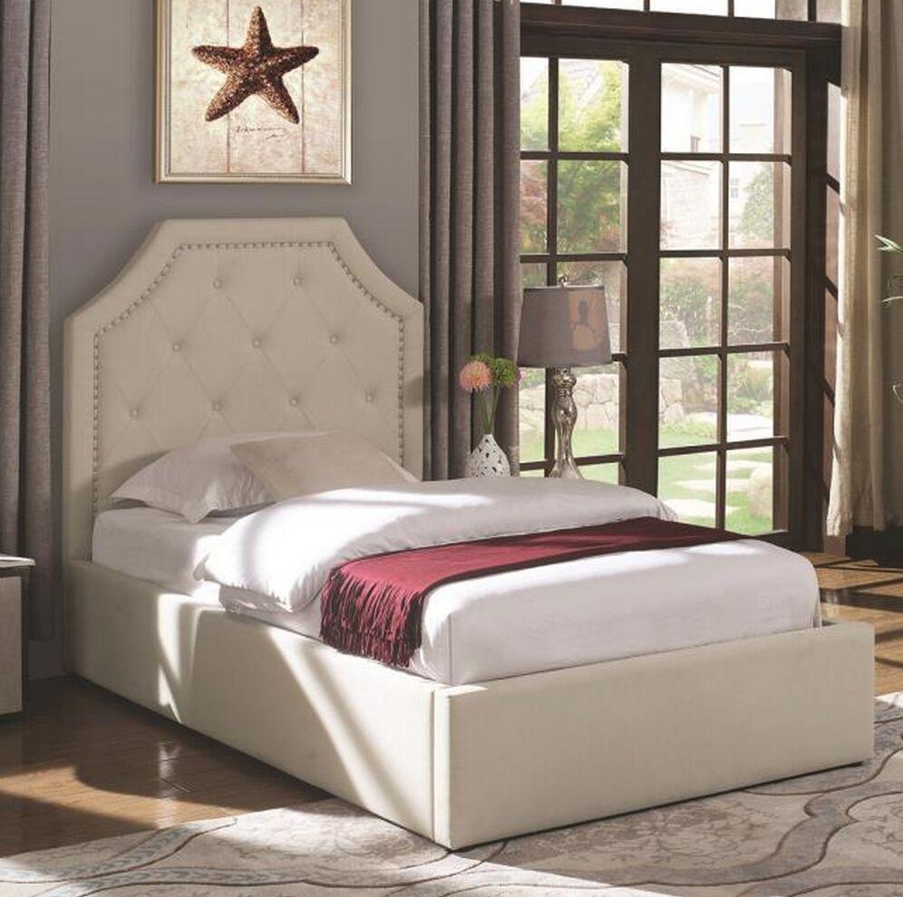 Masonic Upholstered Storage Platform Bed Size: Full