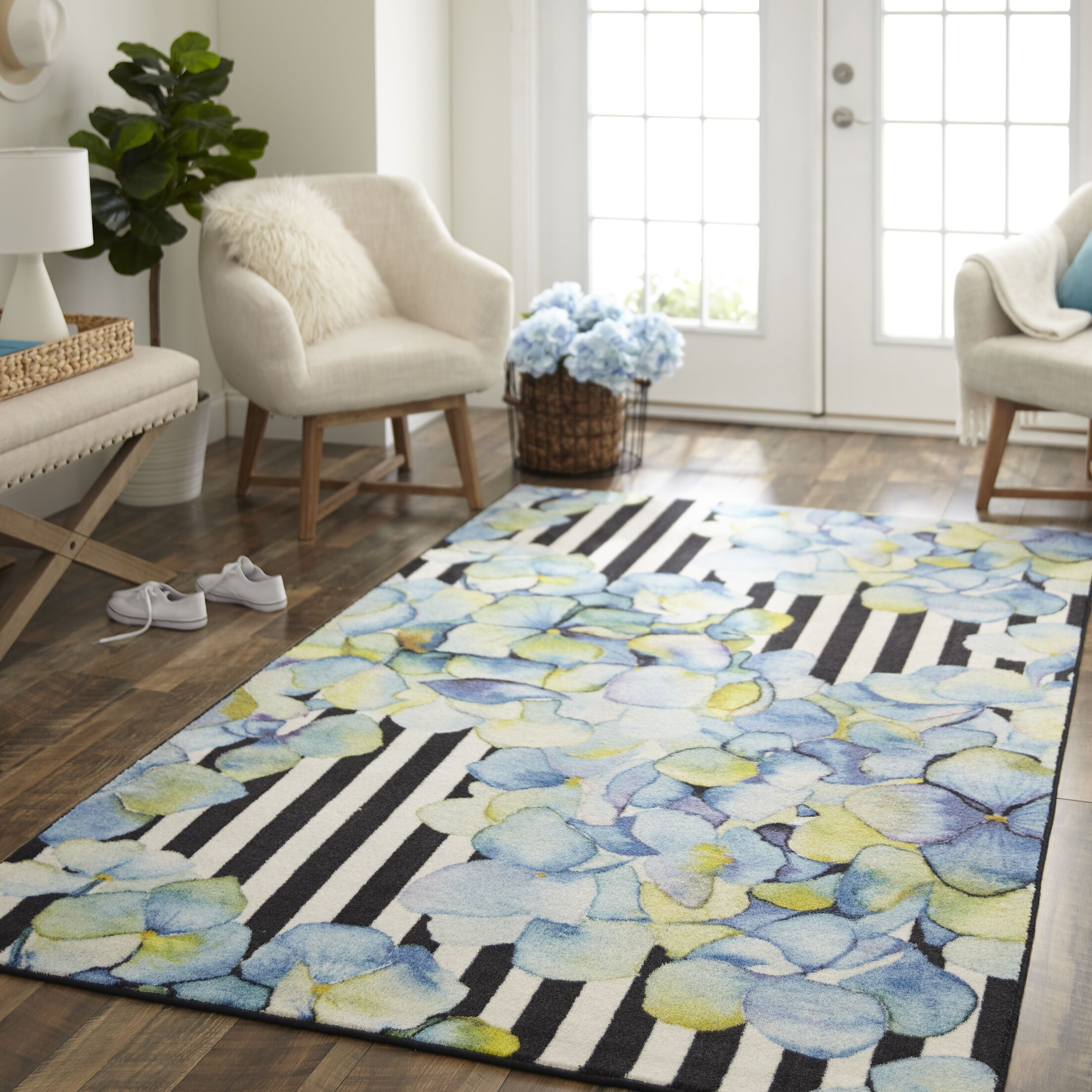Venson Pattern Mix Blue/Black Area Rug Rug Size: Rectangle 5' x 8'