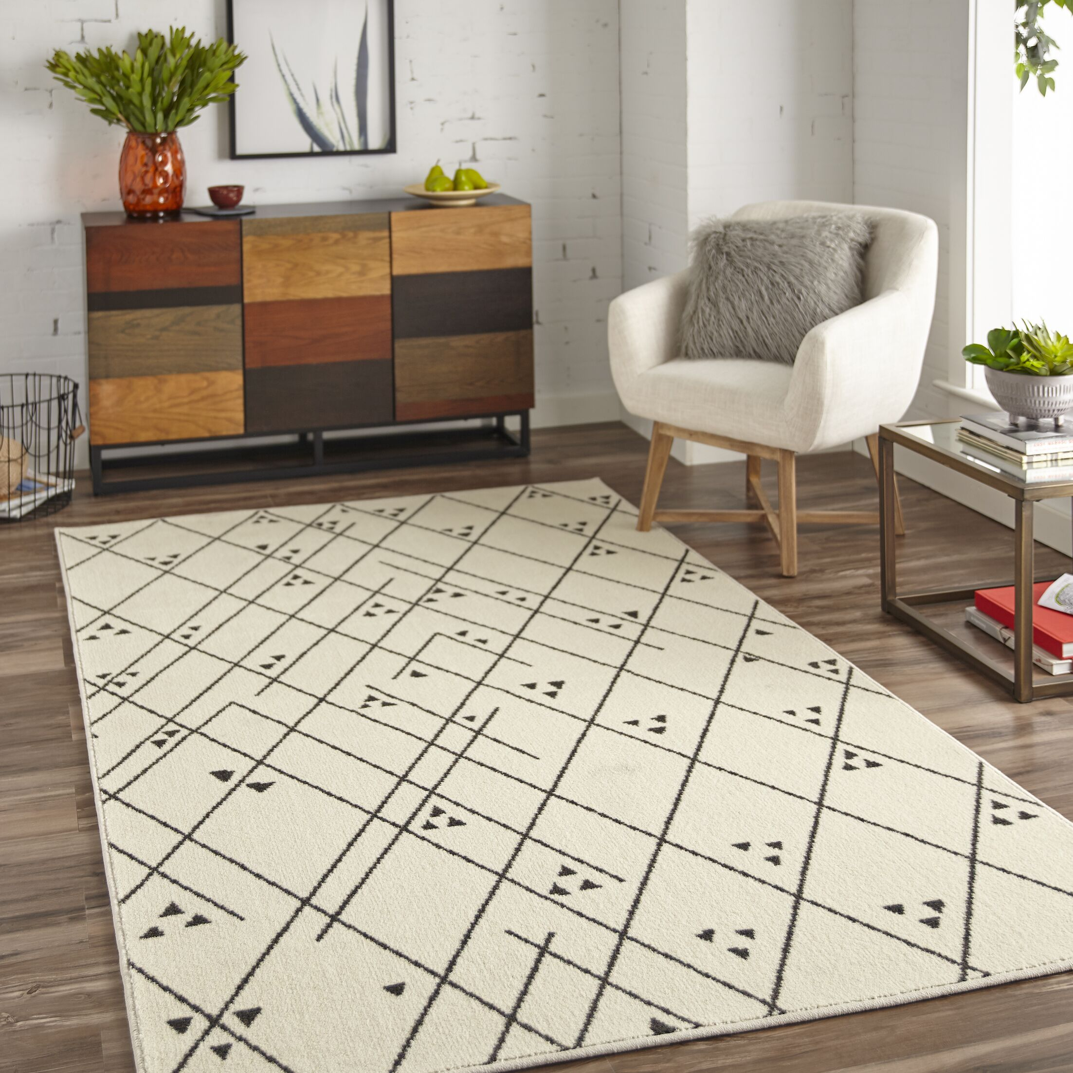 Engler Tribal Lines Beige Area Rug Rug Size: Rectangle 5' x 8'