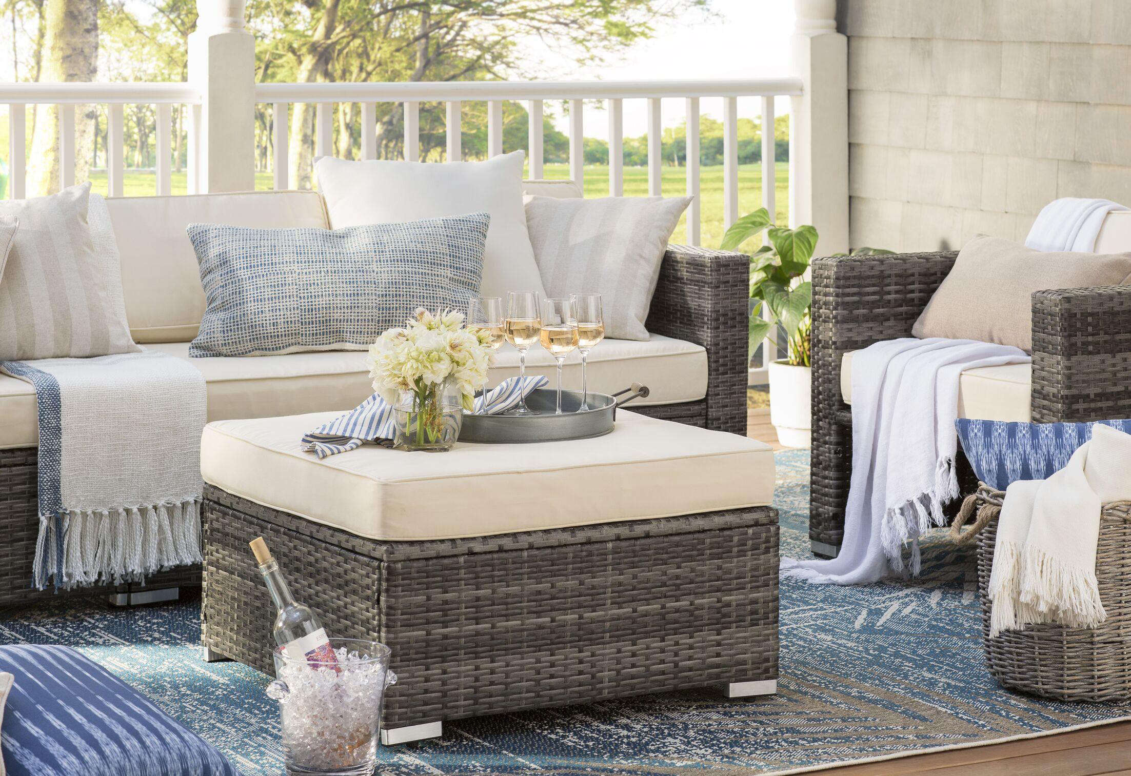 Kraatz Palmette Black Indoor/Outdoor Area Rug Rug Size: Rectangle 8'6