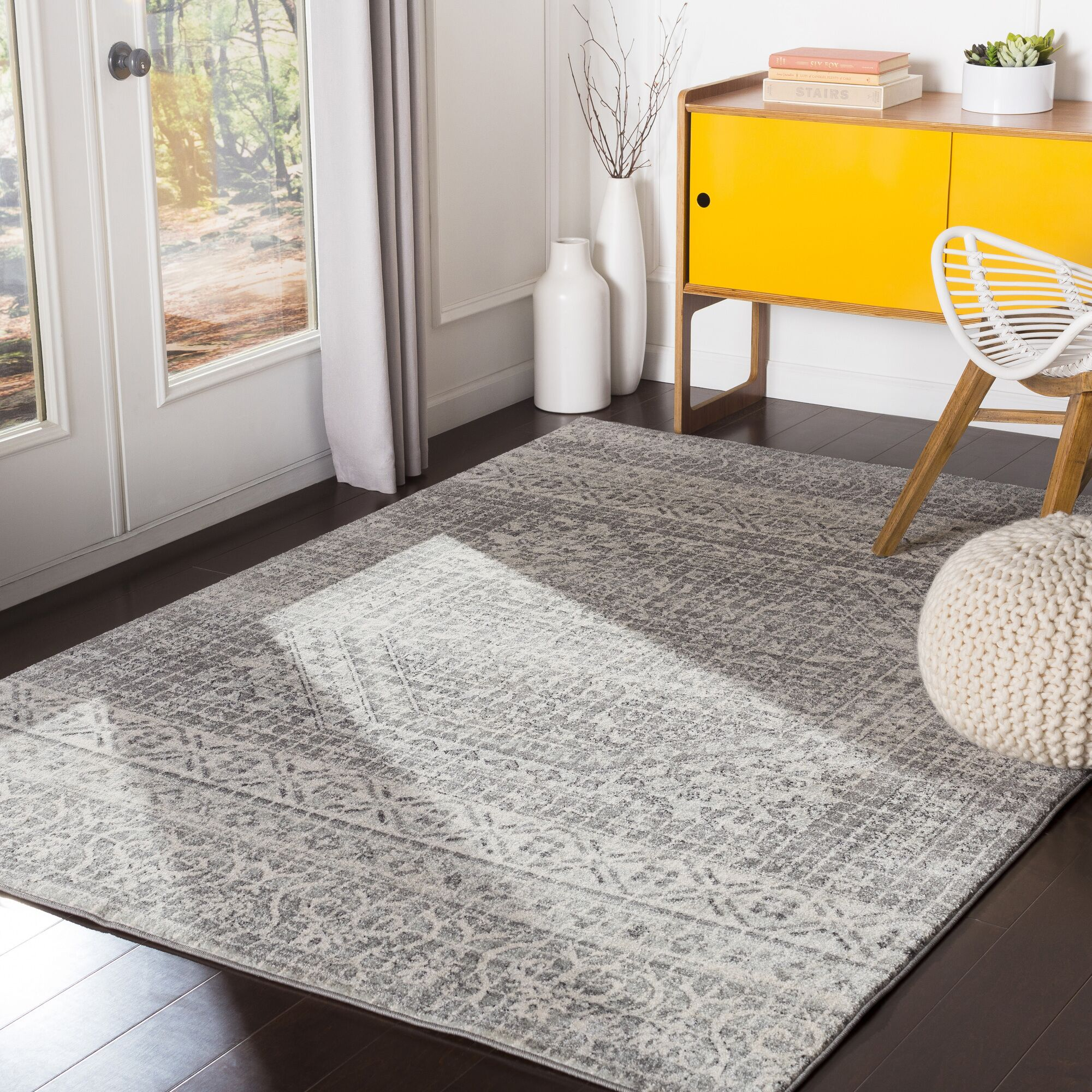 Hillsby Inspired Floral Light Gray/Charcoal Area Rug Rug Size: Rectangle 7'10