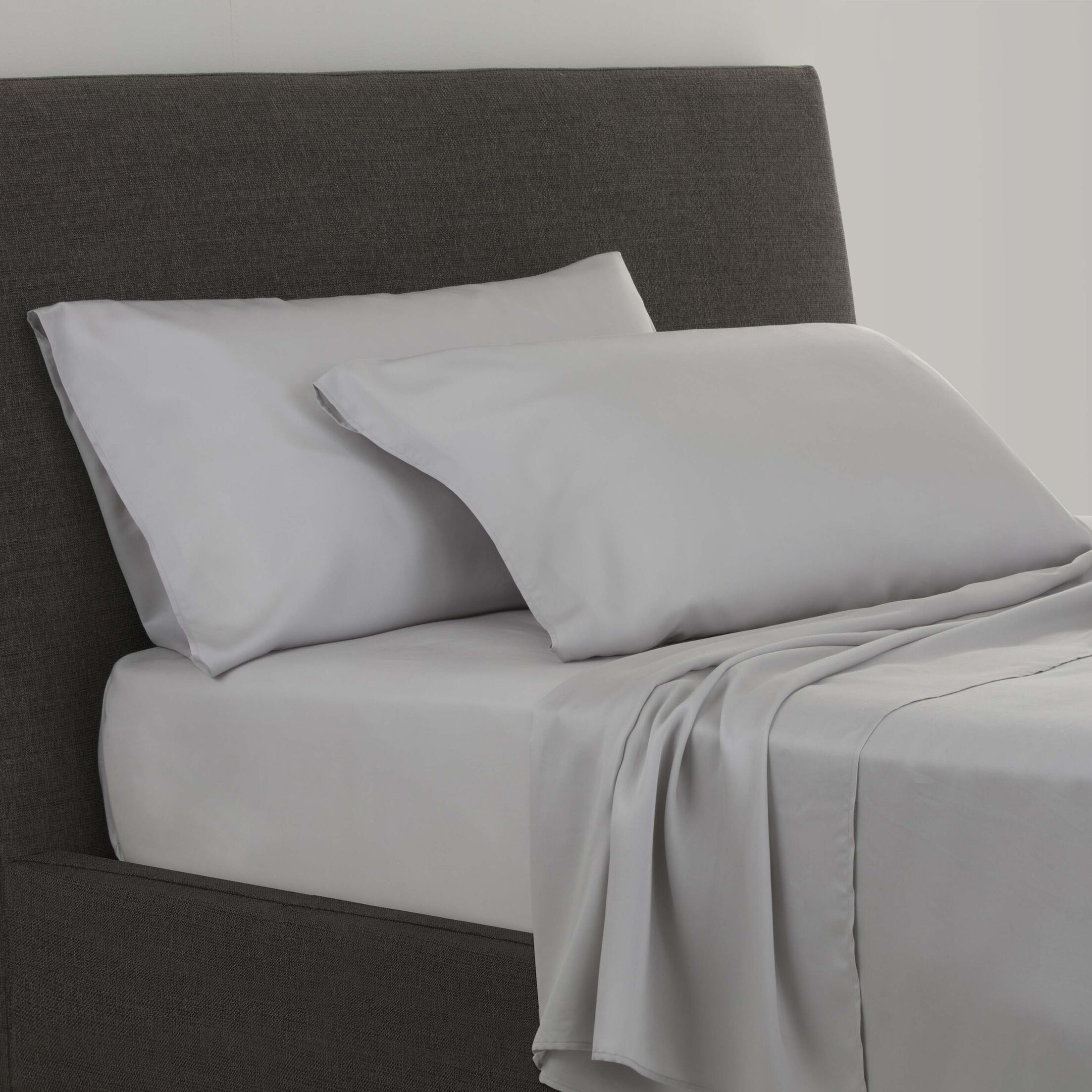 Stellan 300 Thread Count Sheet Set Size: King, Color: Silver