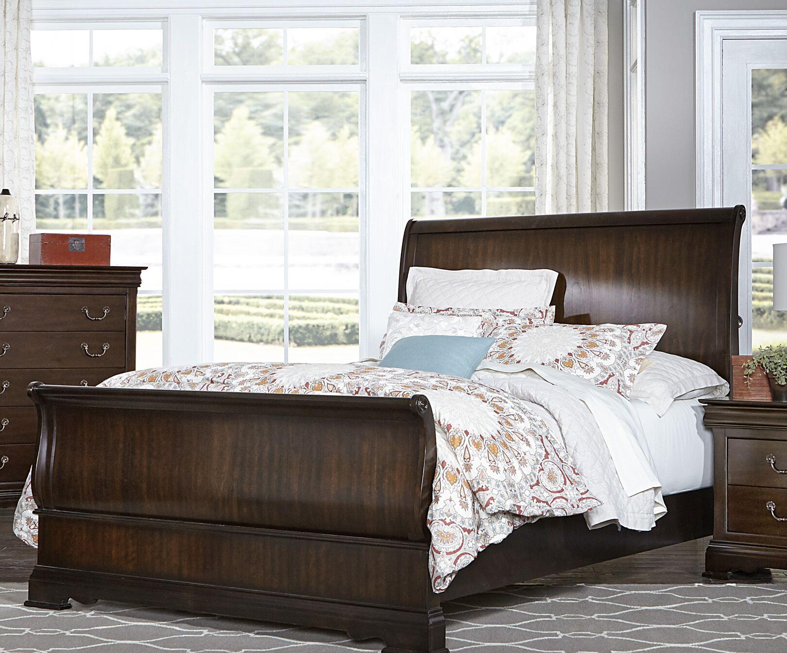 Hebden Sleigh Bed Size: Queen