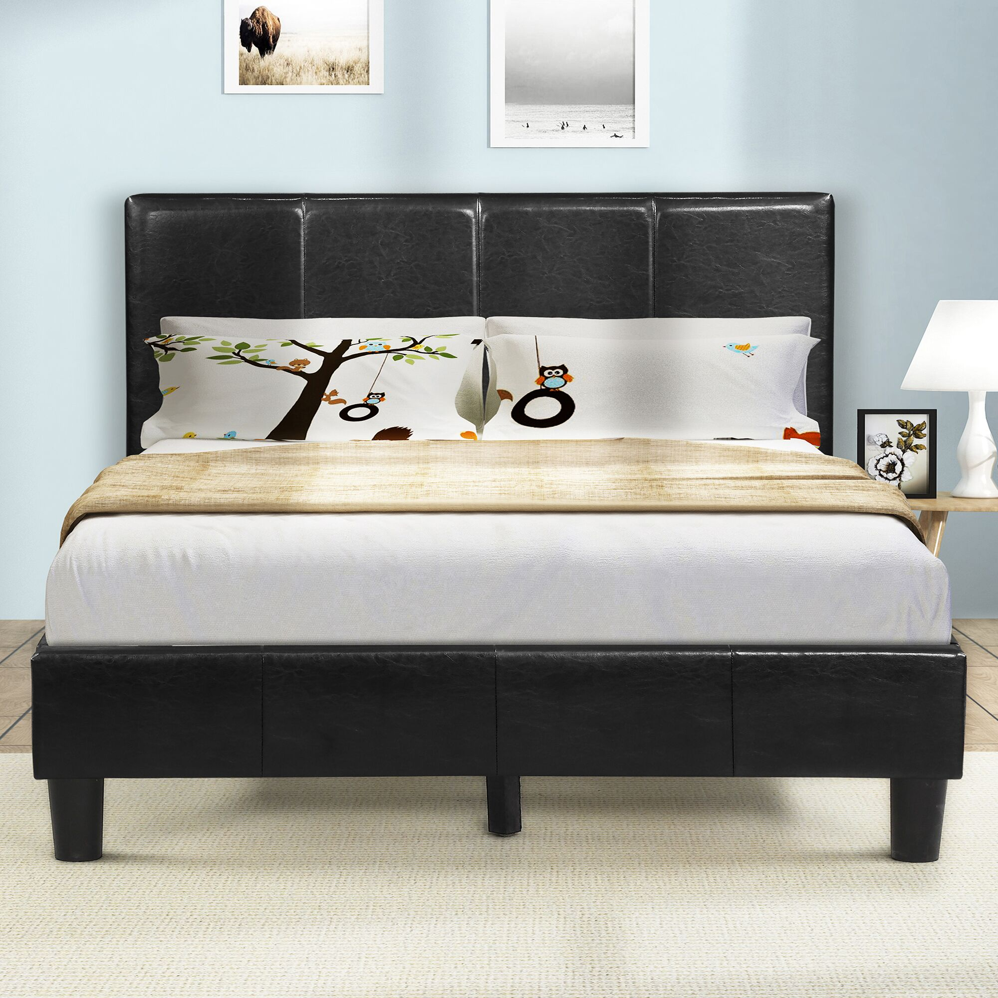 Yasmin Upholstered Platform Bed Size: Full