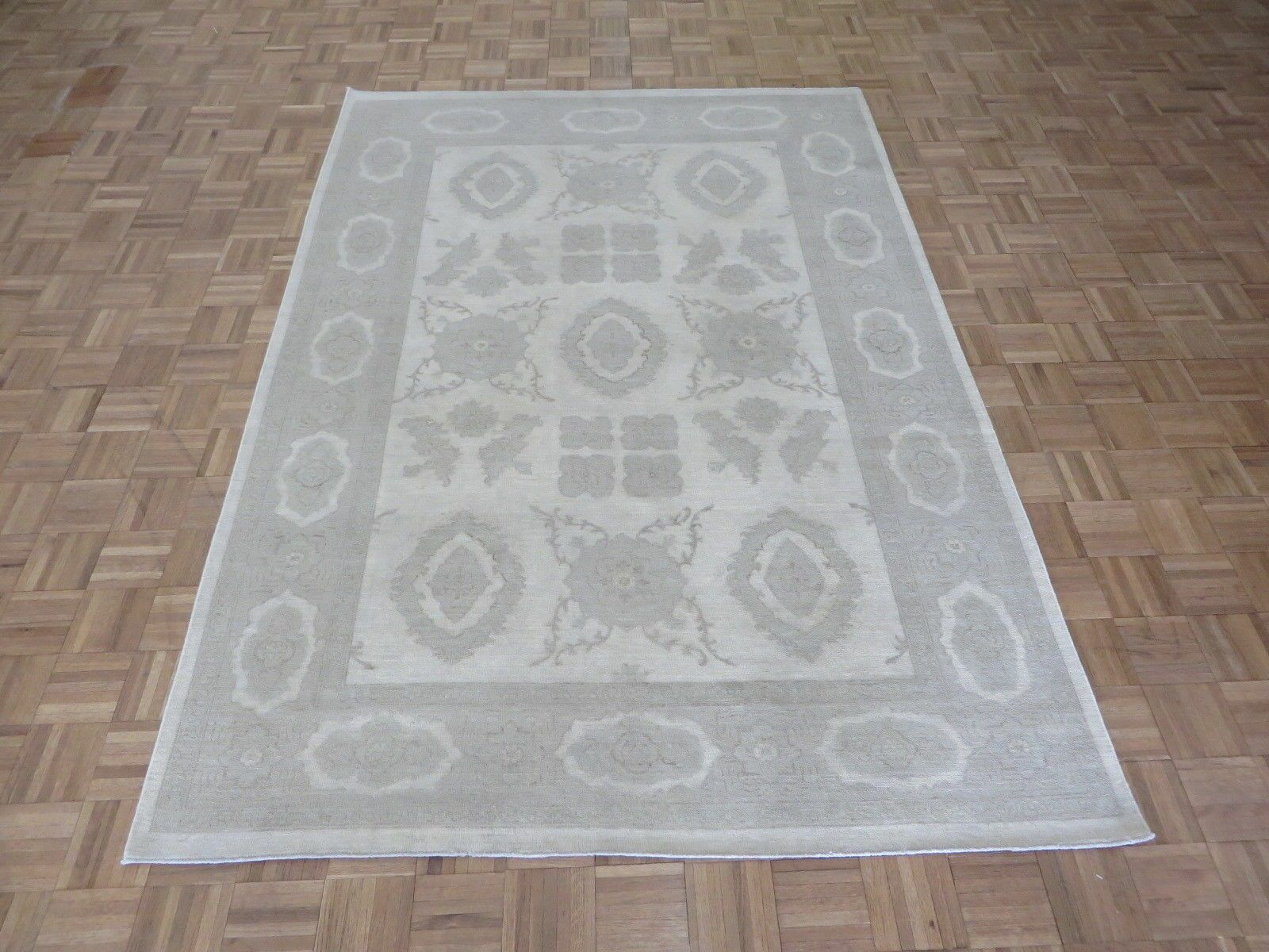 One-of-a-Kind Beaumont Oushak Hand-Knotted Wool Ivory/Gray Area Rug