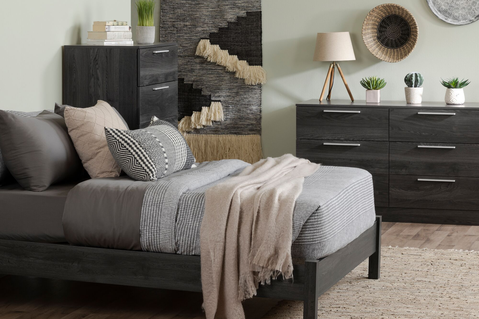 Step One Essential Platform Configurable Bedroom Set