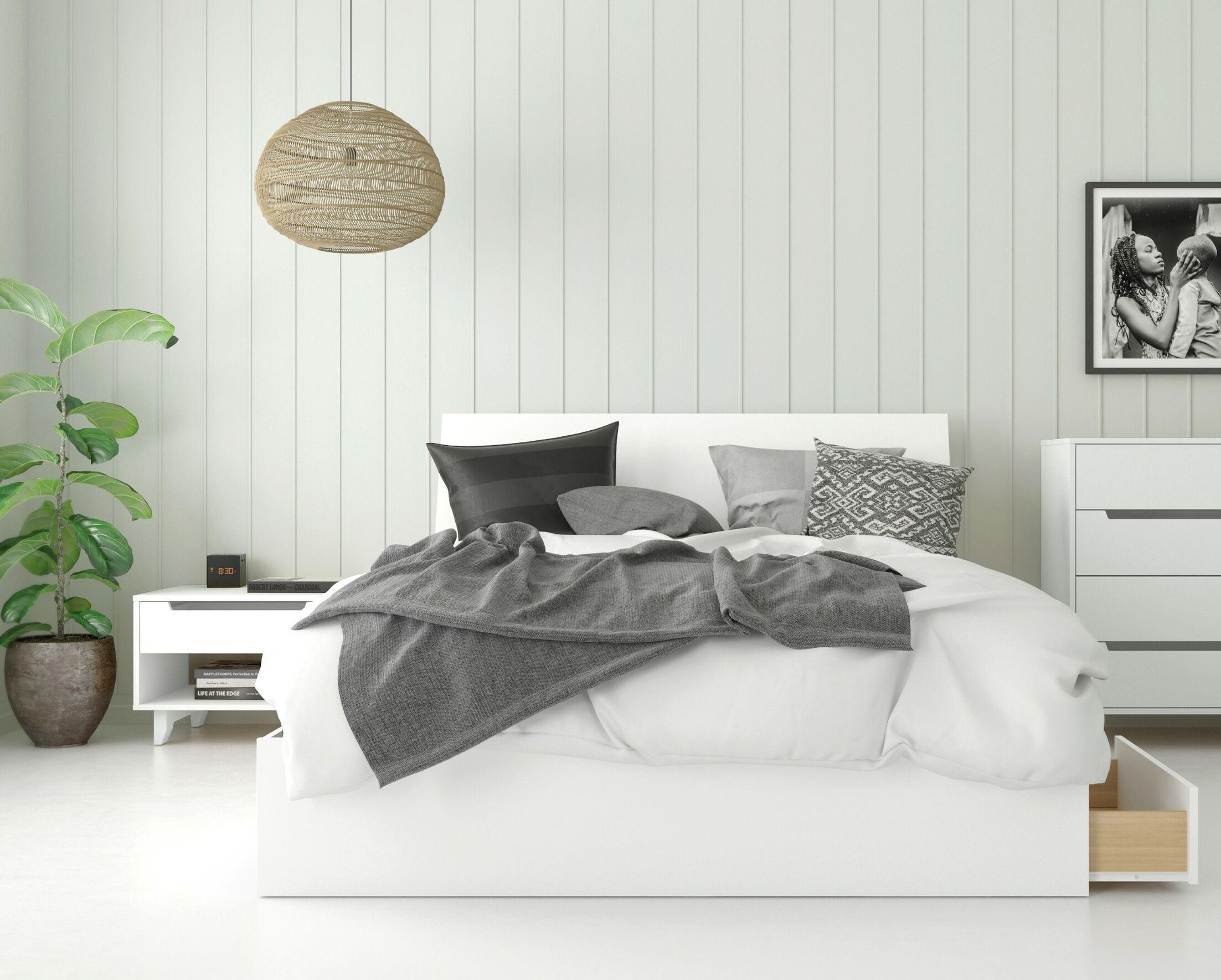 Mehar Platform 3 Piece Bedroom Set Size: Queen, Color: Natural Maple/White