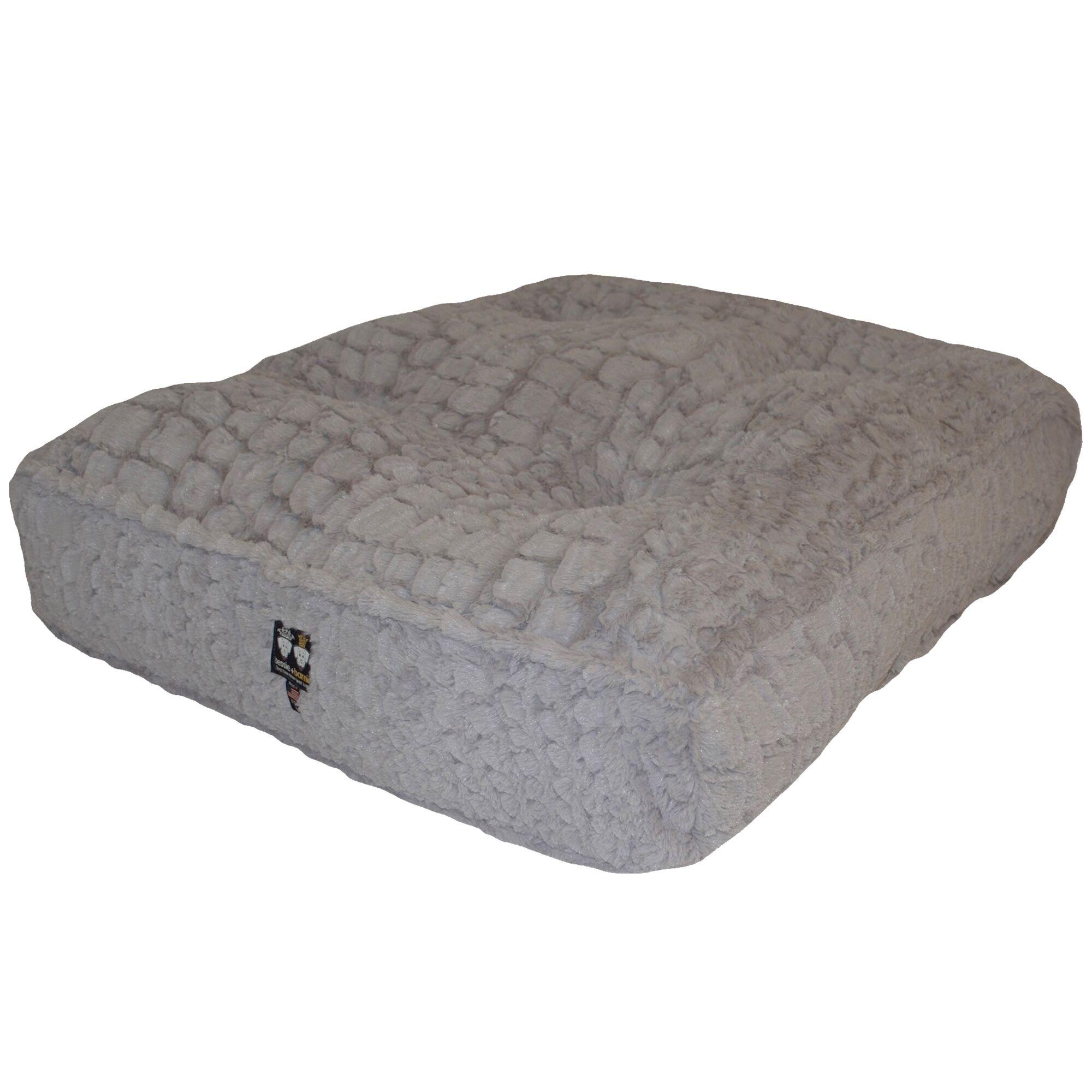 Aparicio Rectangle Serenity Dog Pillow Size: X-Large (56