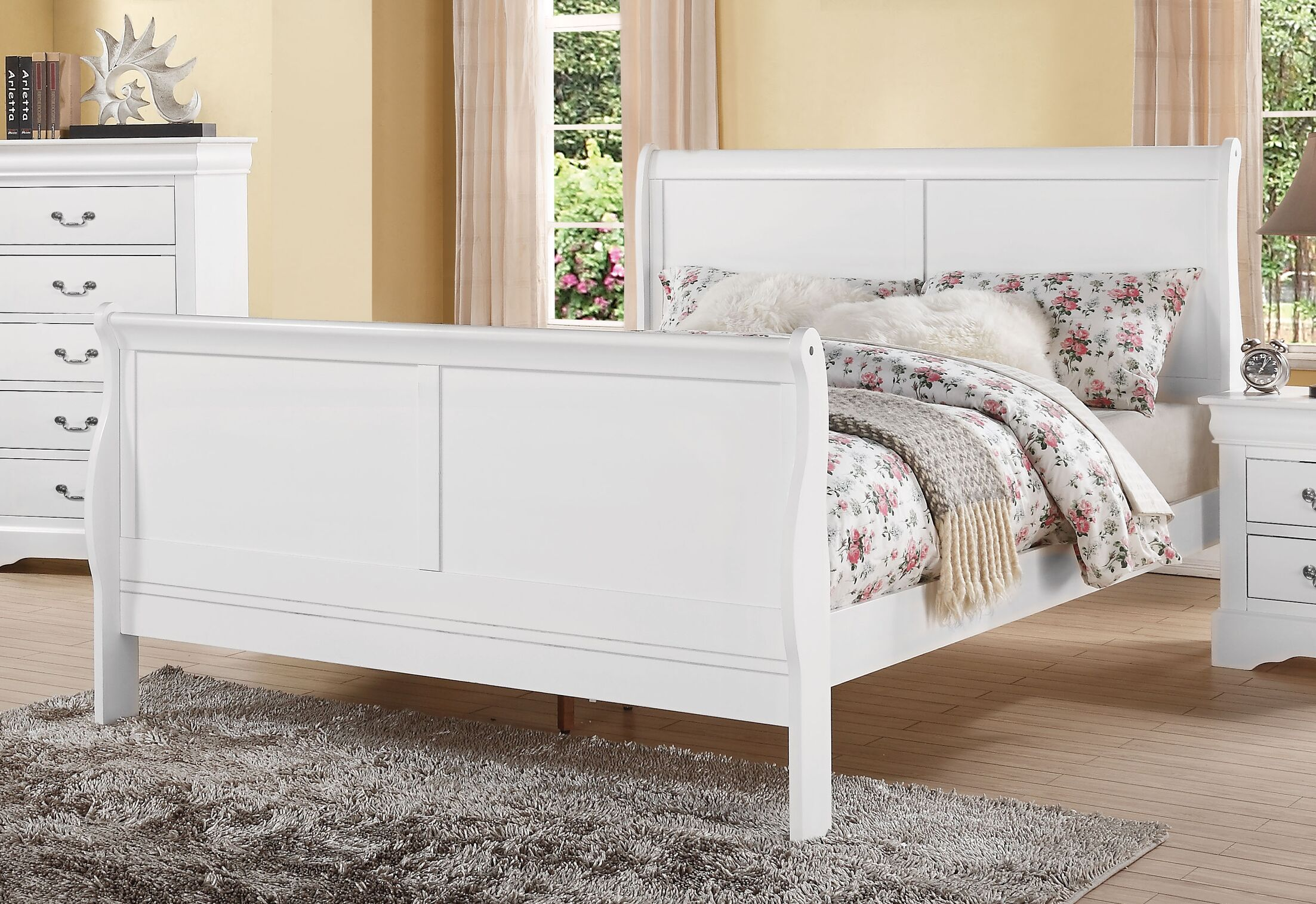 Louis Philippe III Panel Bed Size: King, Color: Antique Gray