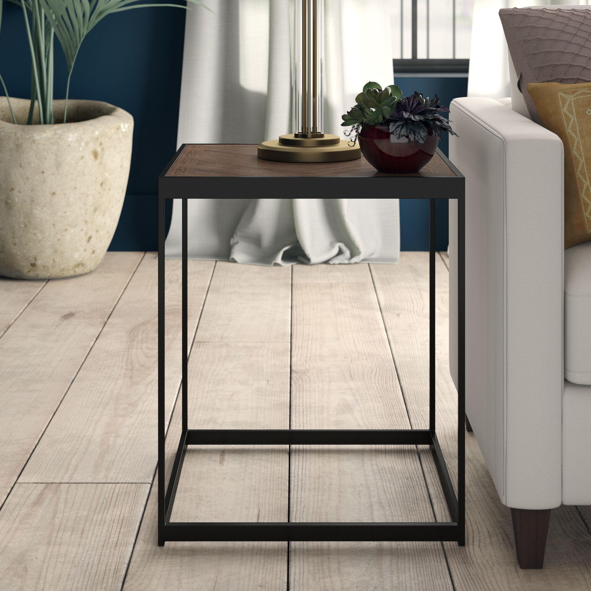 Melfa End Table
