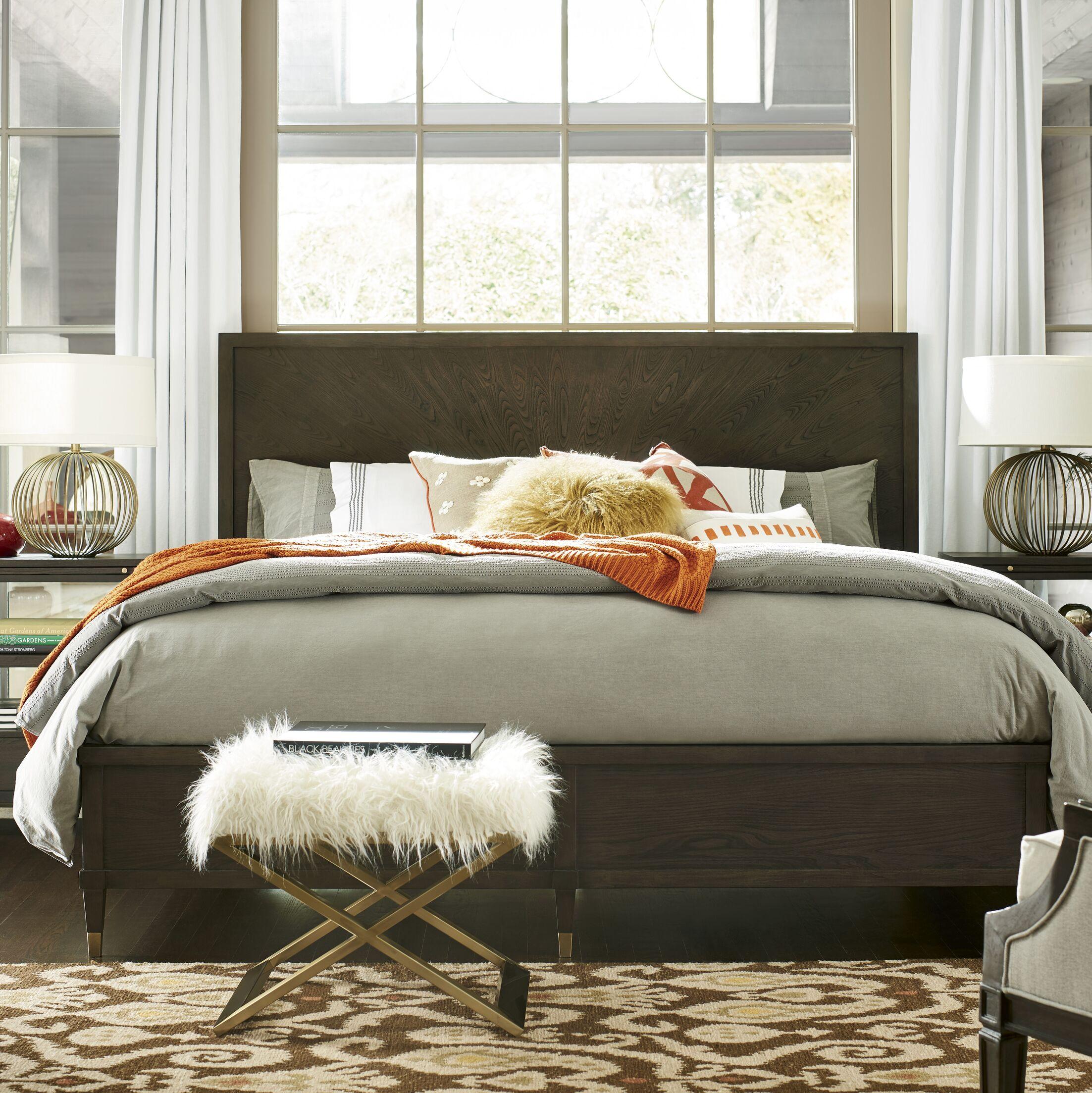Garton Panel Bed Size: Queen