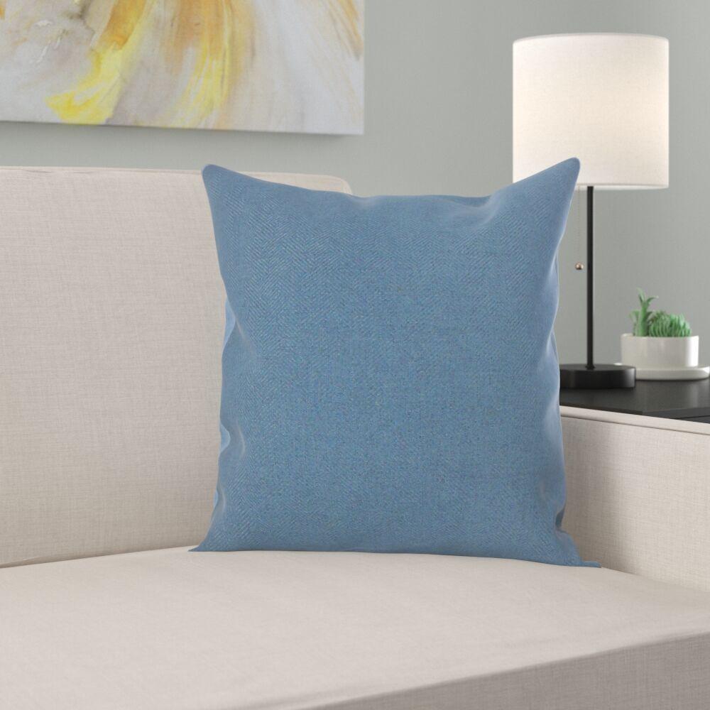 Seren Solid Pillow Size: 22