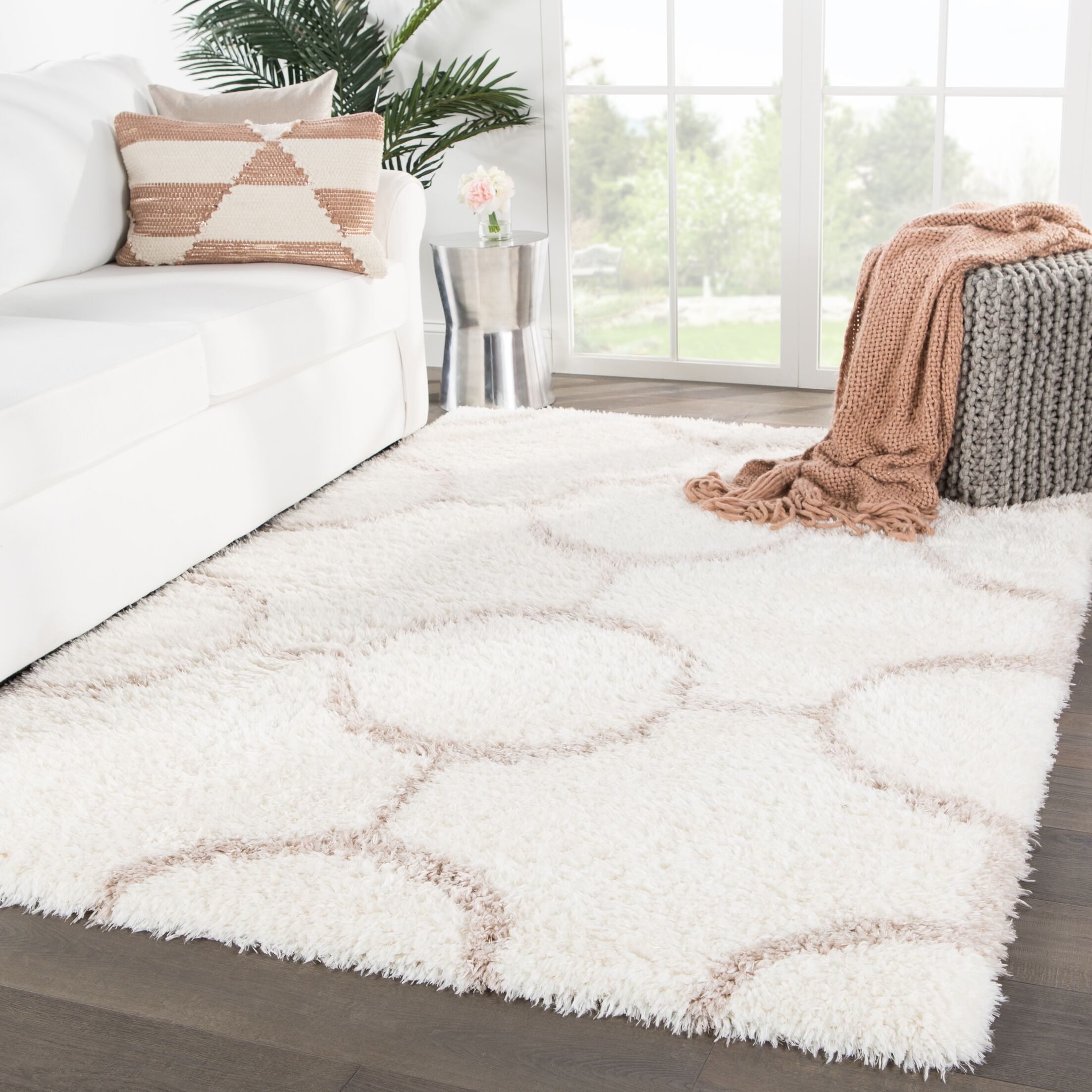Tabares Geometric Ivory/Brown Area Rug Rug Size: Rectangle 5' x 8'