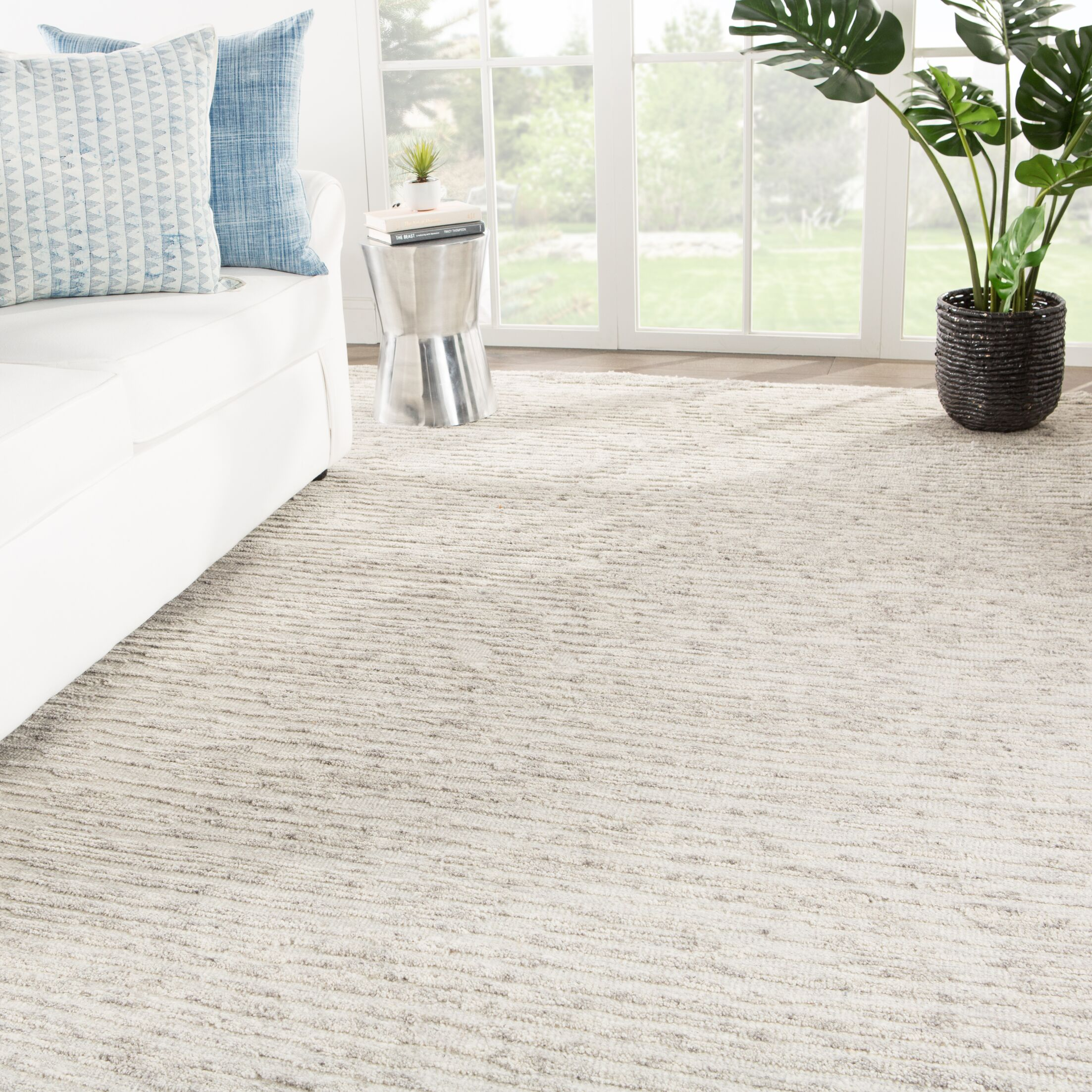 Aquilar Solid Hand-Knotted Wool Ivory Area Rug Rug Size: Rectangle 7'10