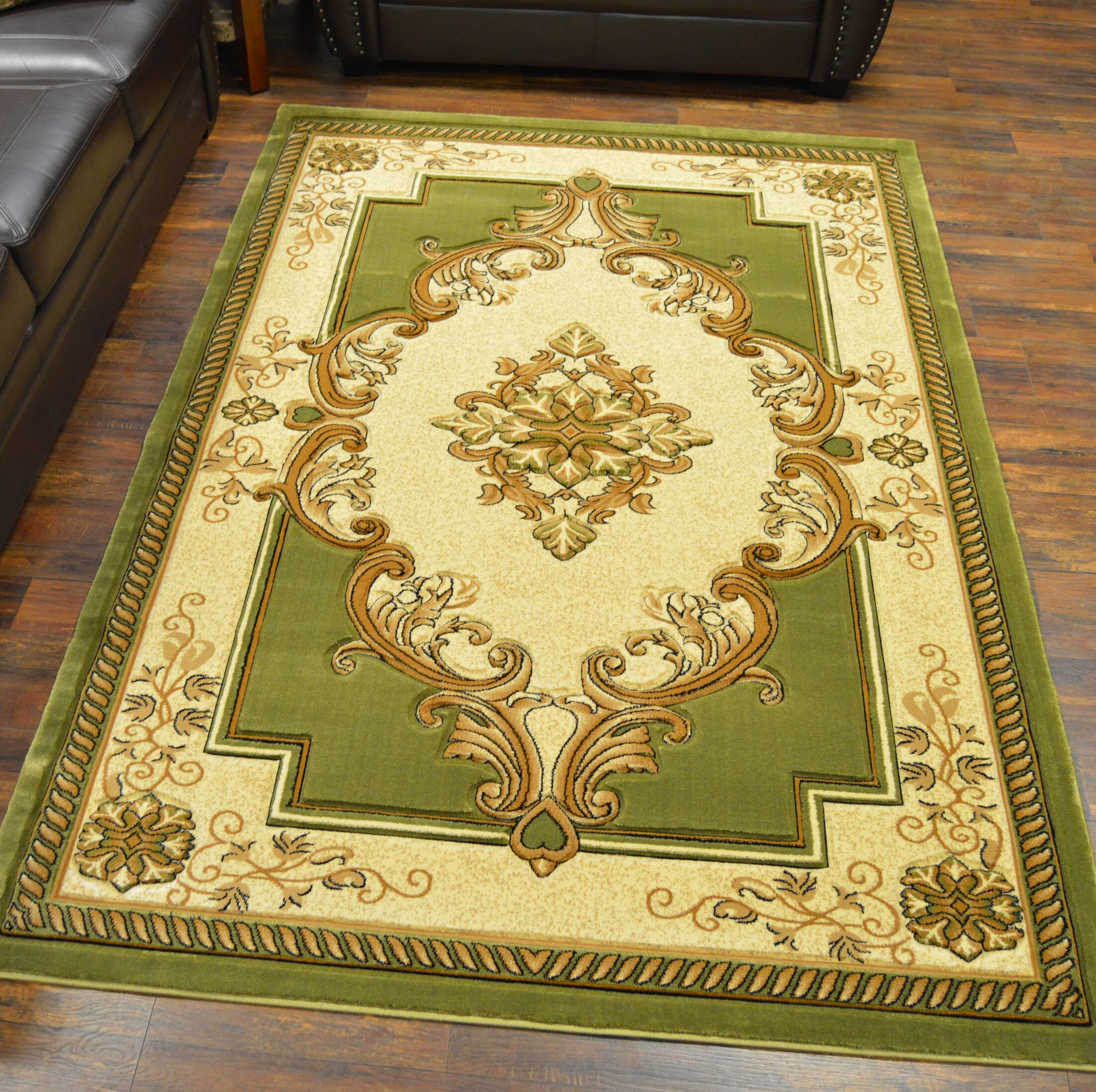 Ramsel 3D Traditional Oriental Floral Green Area Rug Rug Size: Rectangle 7'9
