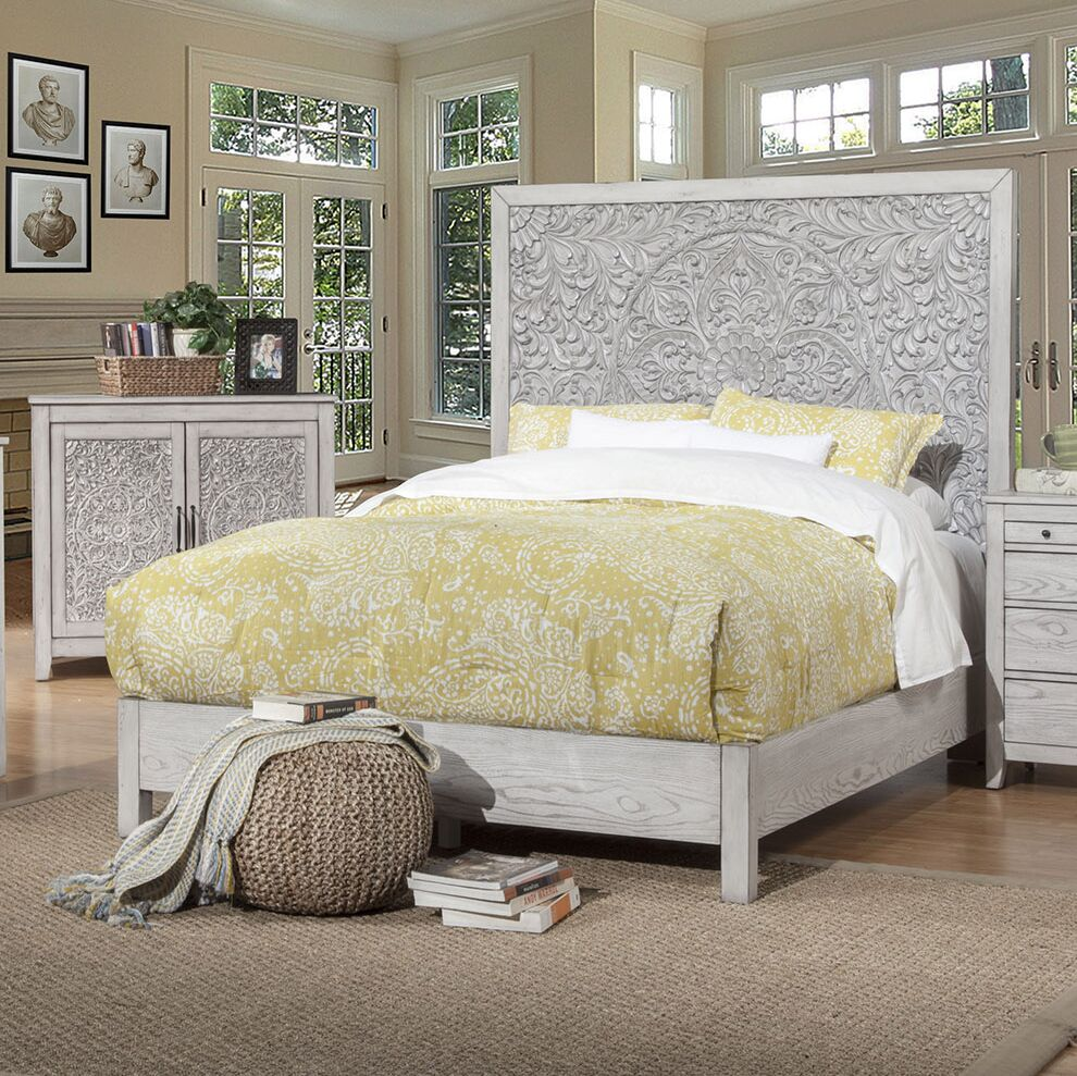 Orellana Panel Bed Size: Queen