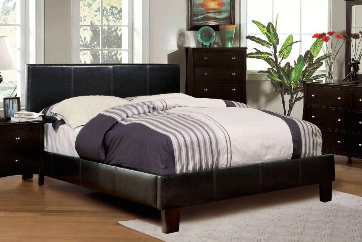 Zac Upholstered Platform Bed Color: Espresso, Size: Full