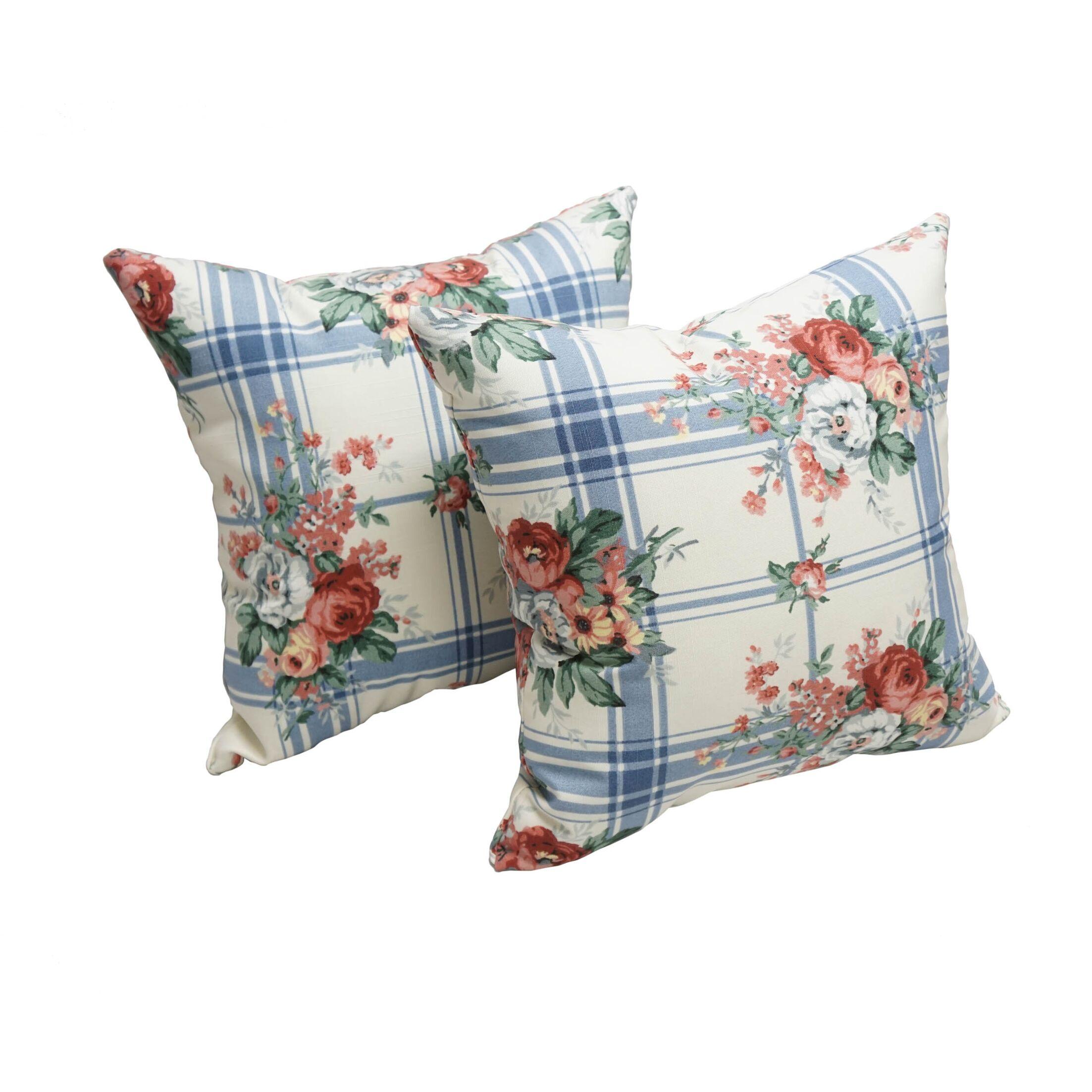 Street Rose Indoor/Outdoor Throw Pillow
