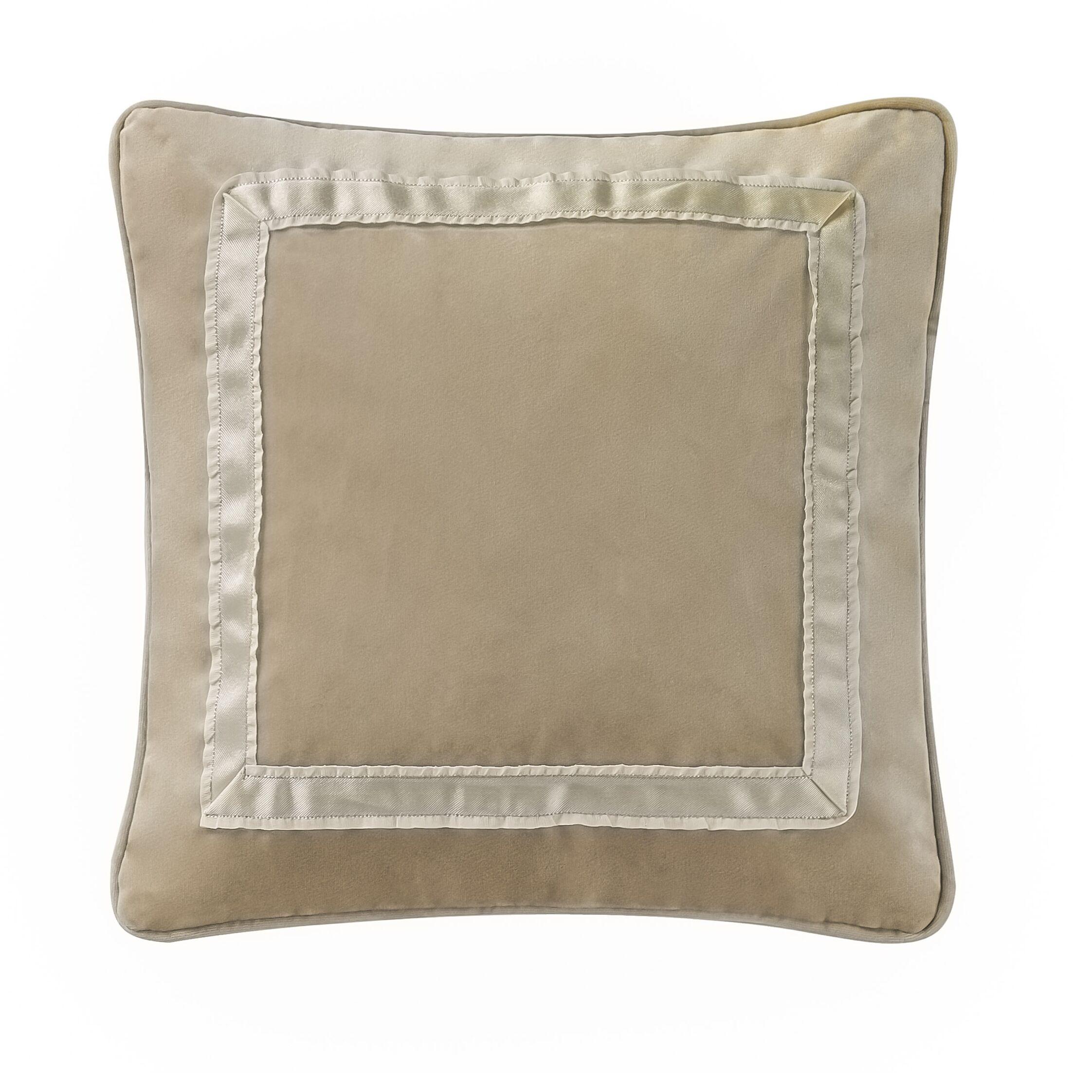 Ansonia Square Decorative Throw Pillow Size: 14