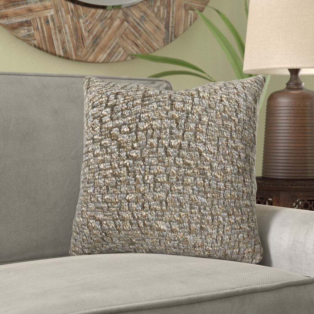 Goodland Luxury Pillow Size: 26