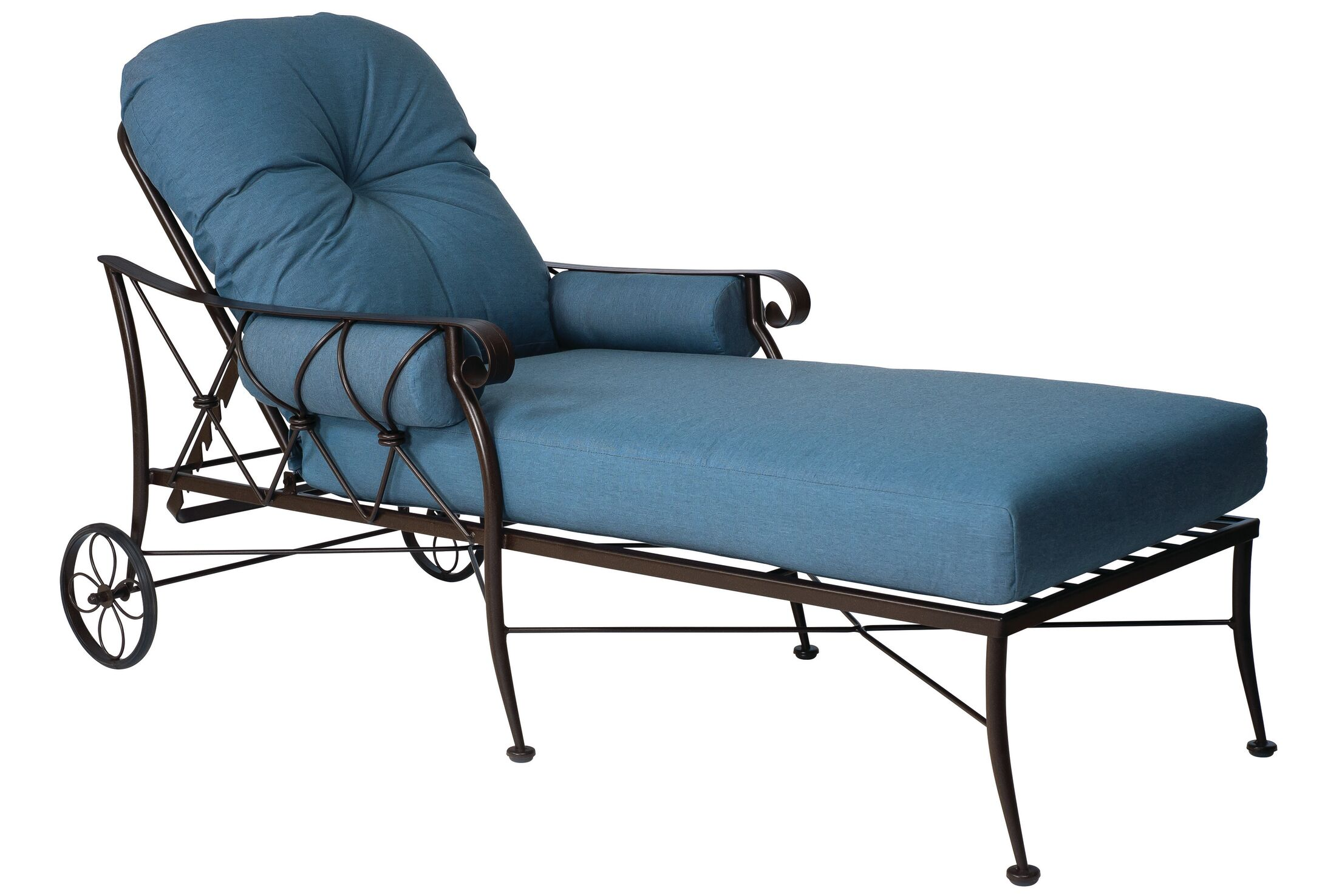 Derby Chaise Lounge With Cushion Color: Canvas Heather Beige