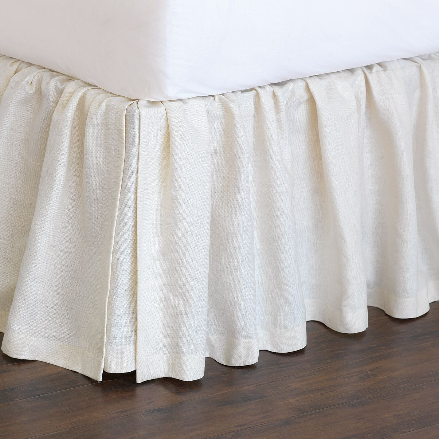 Magnolia Bed Skirt Size: Full