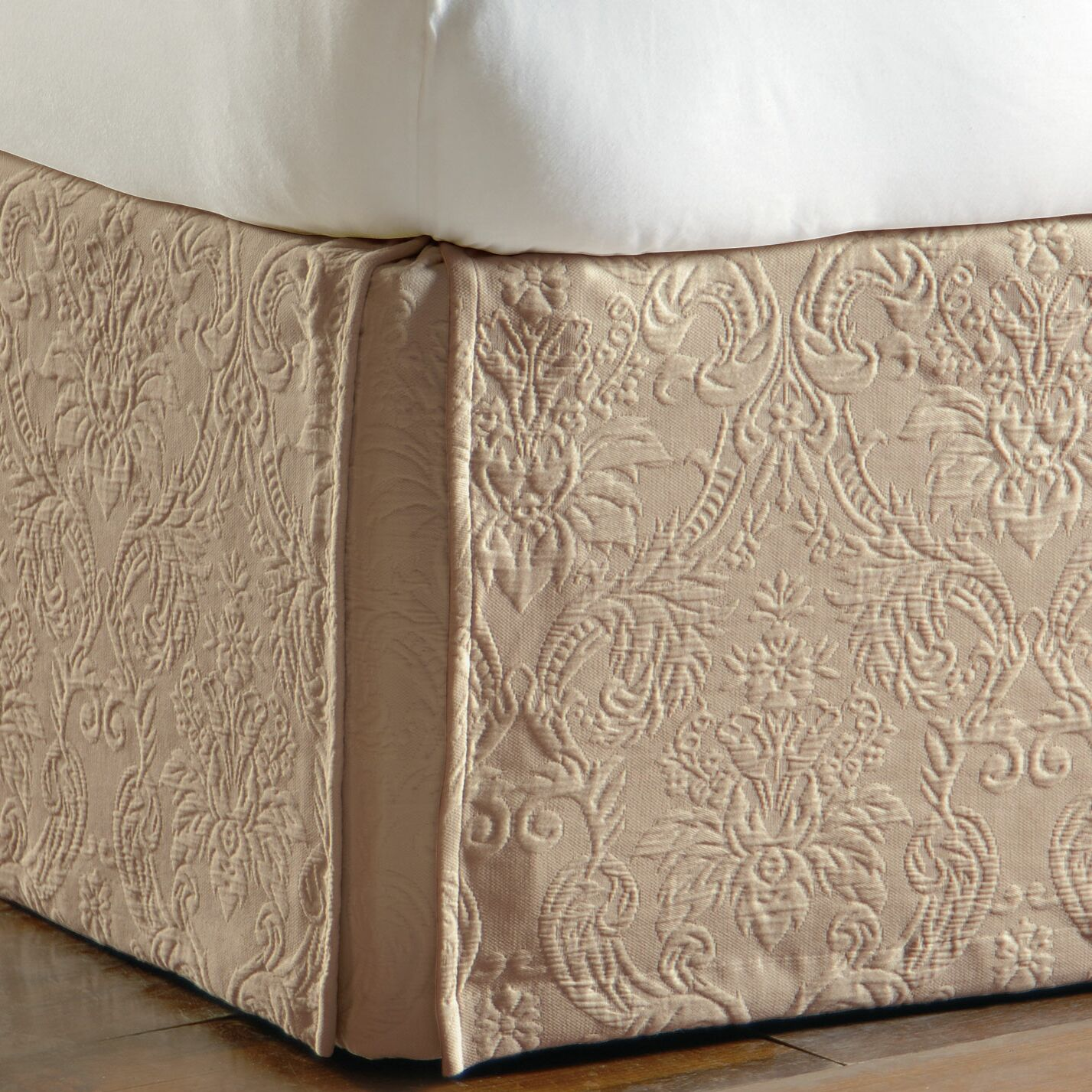 Sandrine Matelasse Cotton Bed Skirt Color: Maple, Size: Daybed