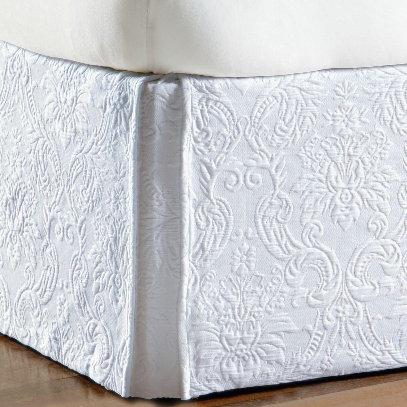 Sandrine Matelasse Cotton Bed Skirt Size: Queen, Color: White