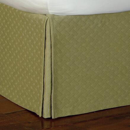 Briseyda Matelasse Bed Skirt Color: Palm, Size: California King
