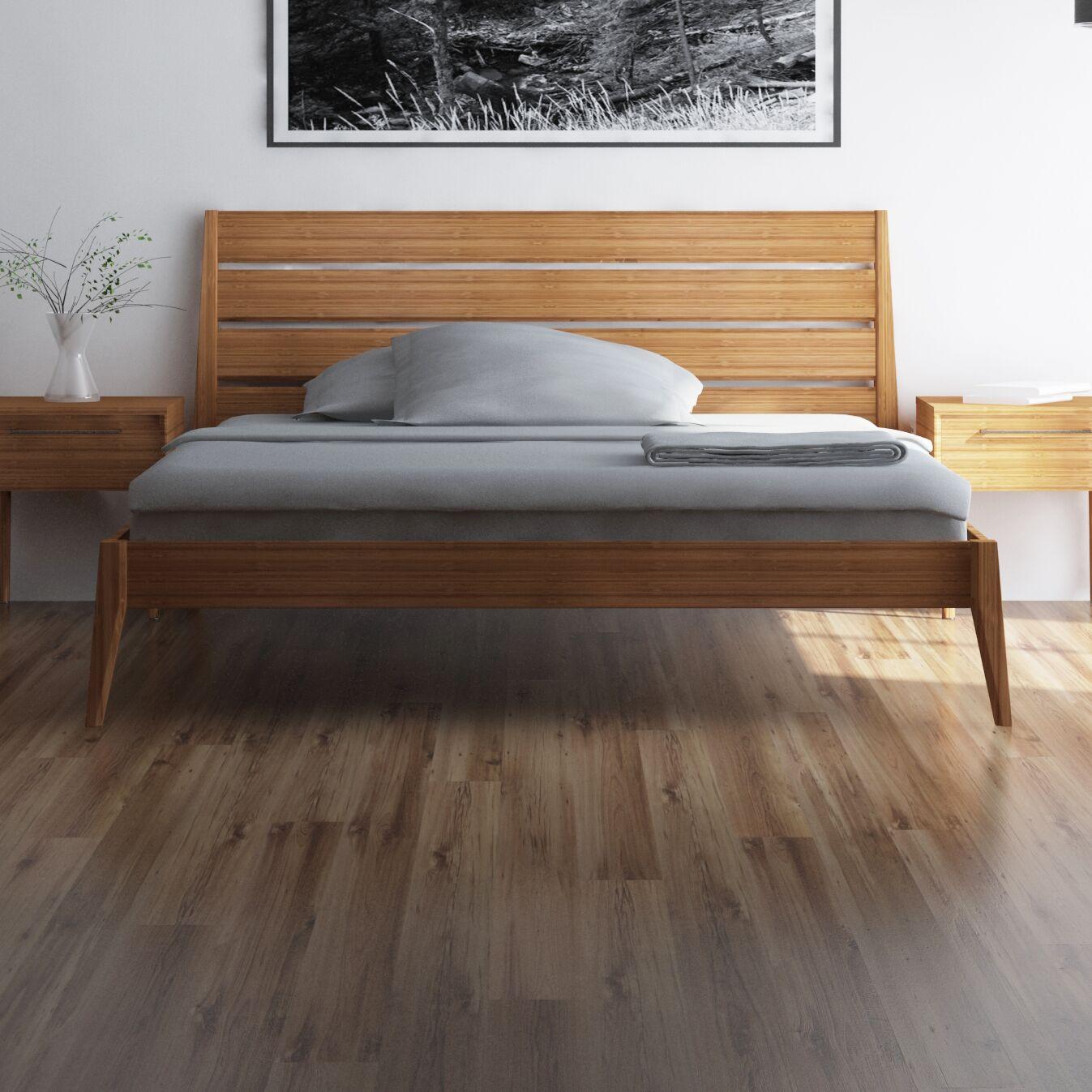 Sienna Platform Bed Size: King, Color: Caramelized
