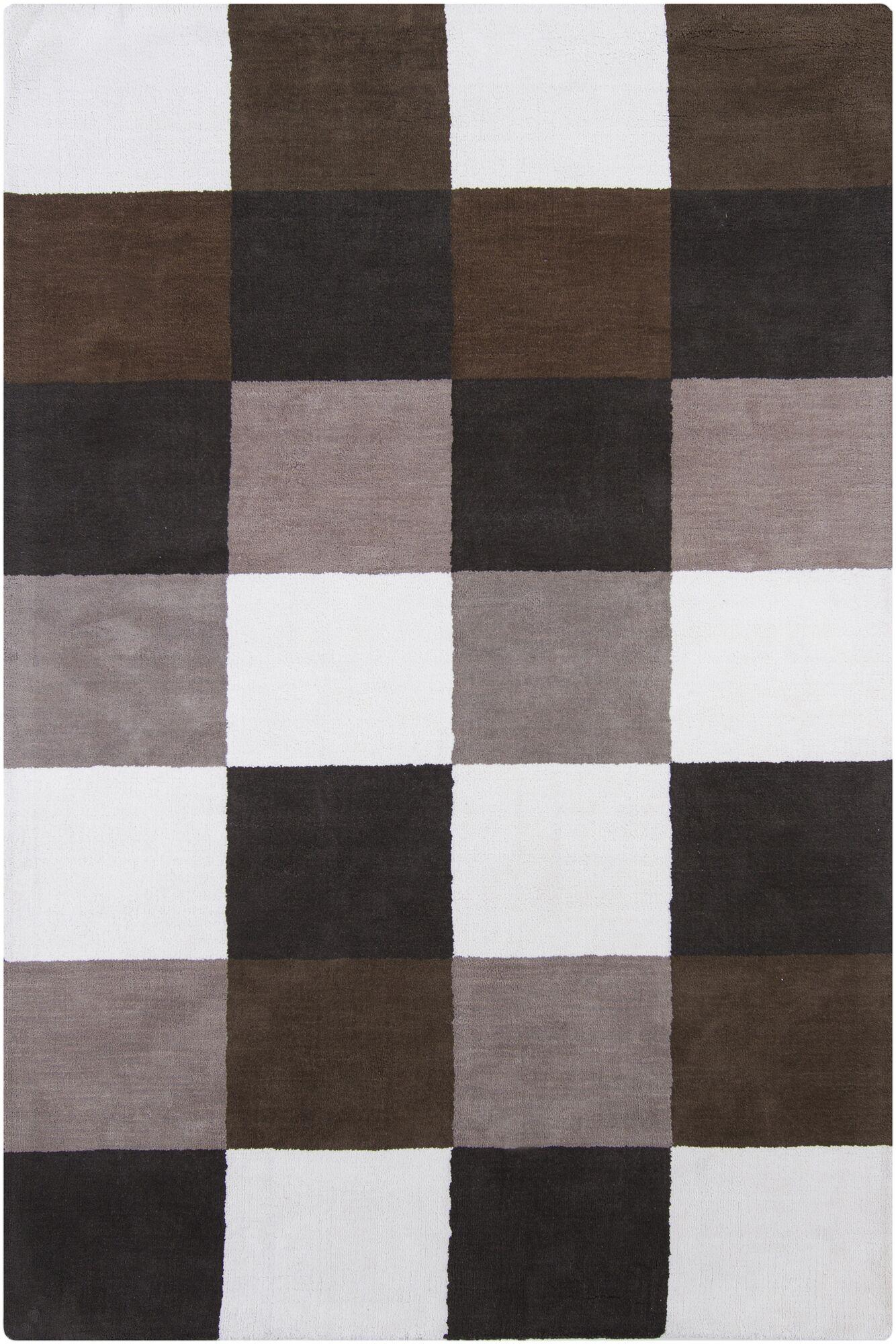 Yiwei White Geometric Area Rug Rug Size: 4' x 6'