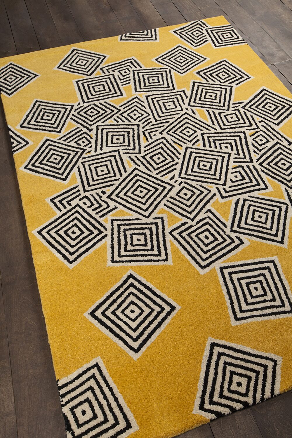 Burns Patterned Yellow & Black Area Rug Rug Size: 5' x 7'6