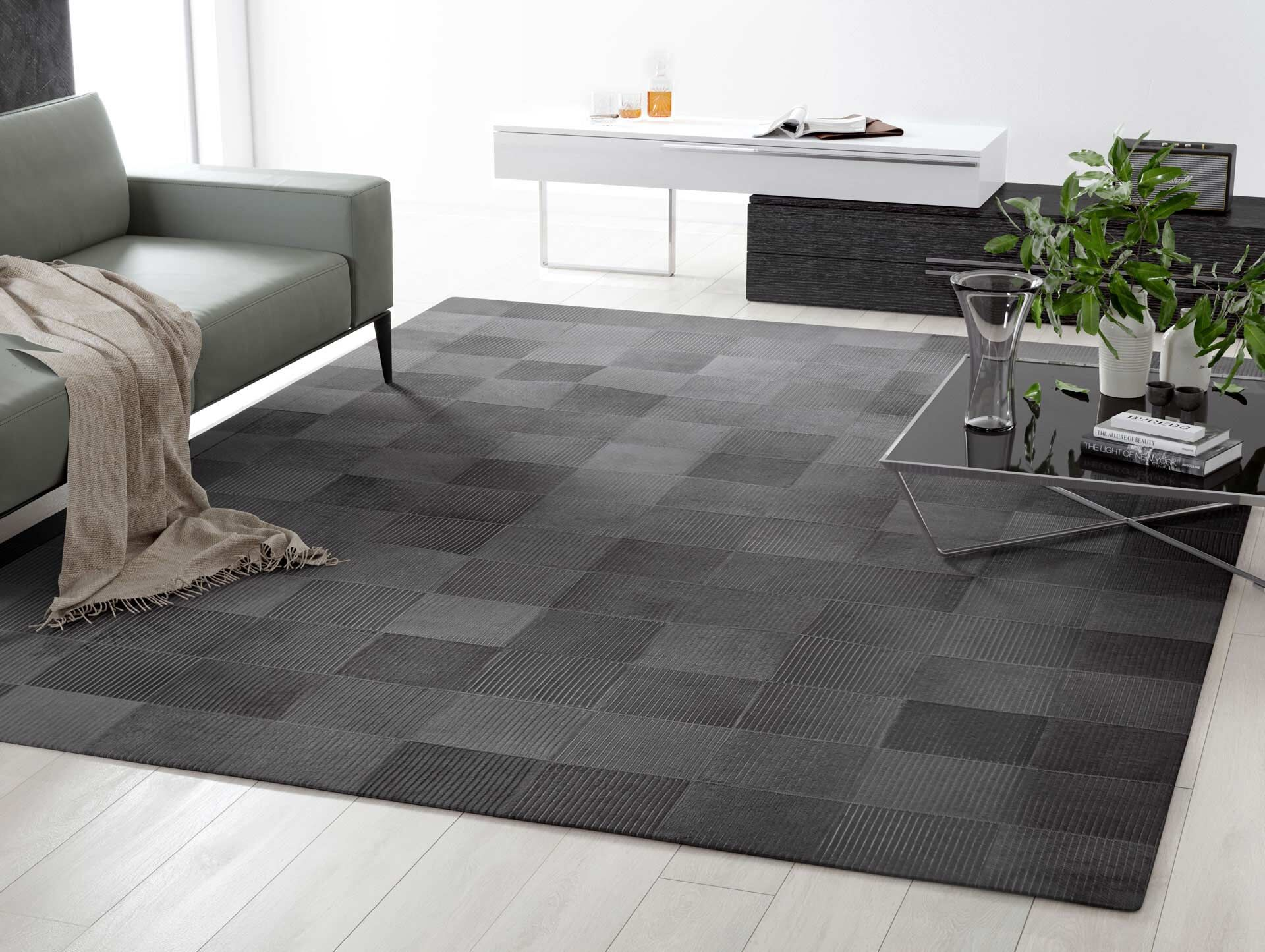 Laser Lines Cowhide Hand-Woven Lead Gray Area Rug Rug Size: 8' x 10'