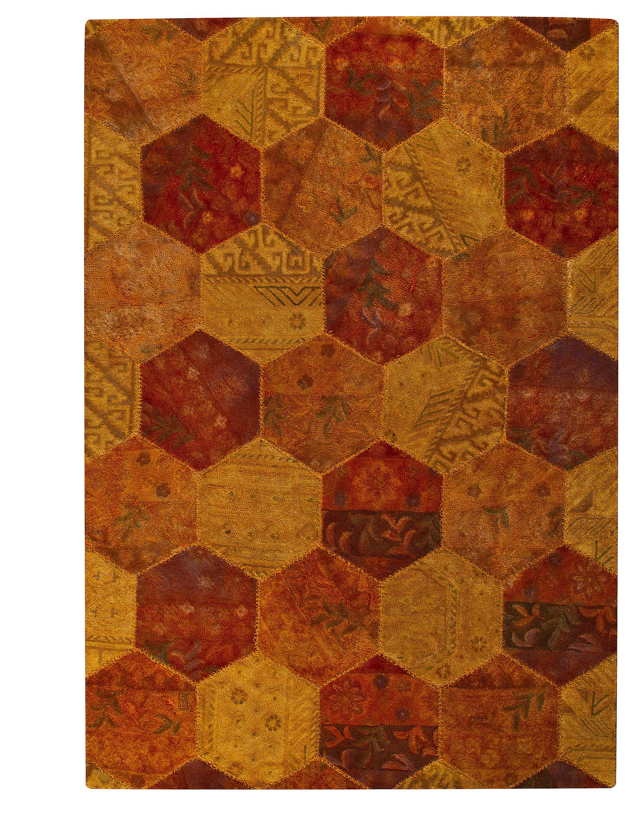 Dungate Honey Comb Orange Area Rug Rug Size: 5'2