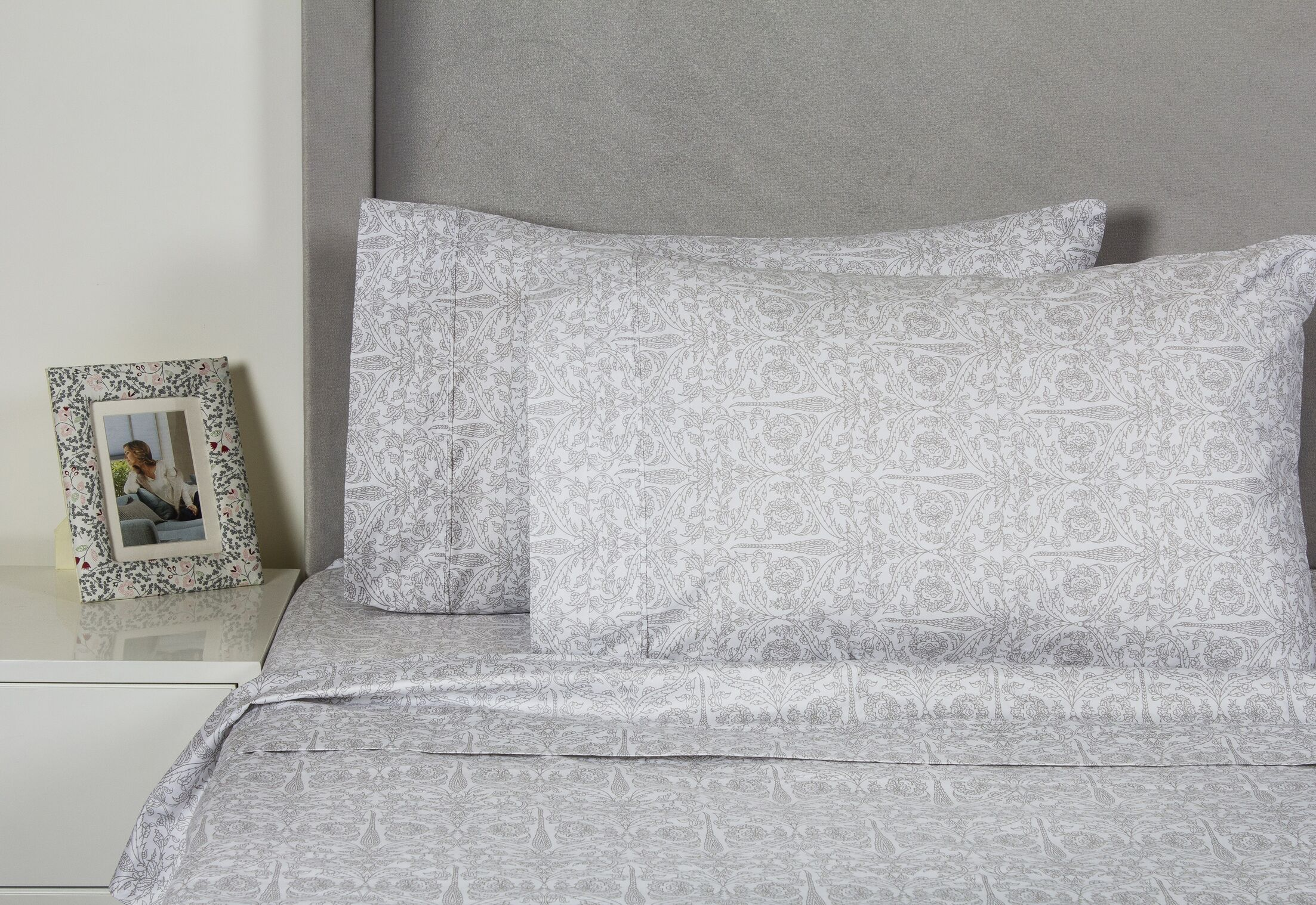 Quandt 400 Thread Count Cotton Sheet Set Size: California King