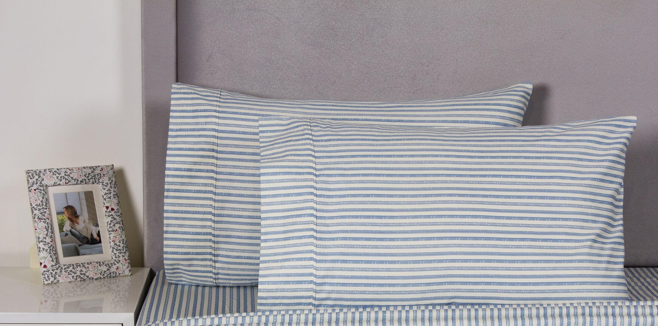 Carlton Stripe Cotton 400 Thread Count Embroidered Pillowcase Color: Navy