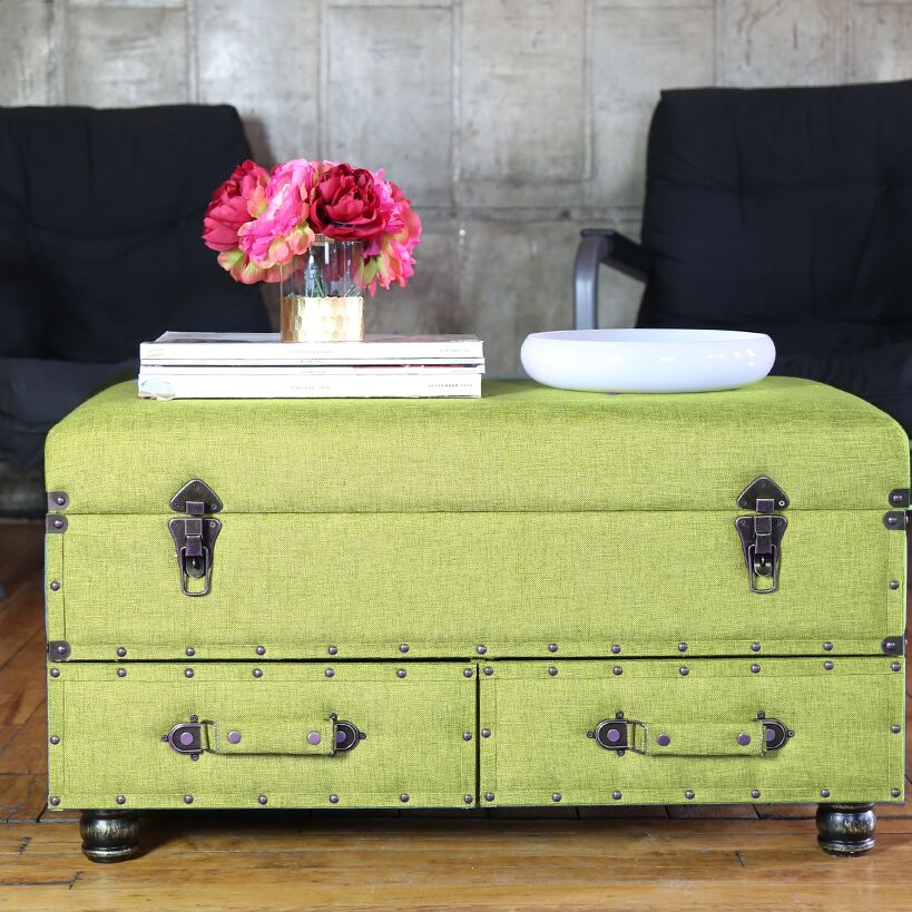 Cesare Coffee Table Color: Green