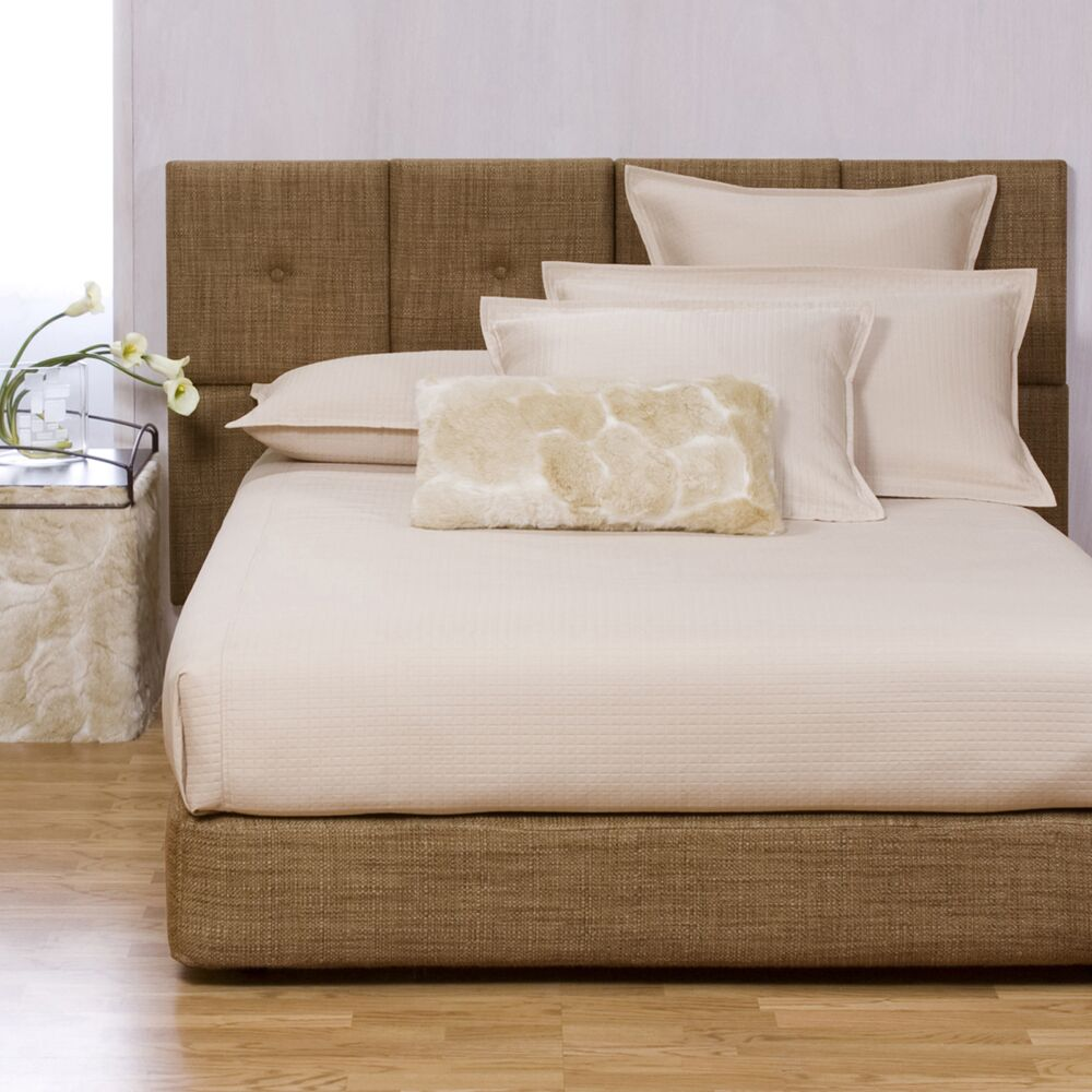 Gosnell Upholstered Panel Bed Size: King, Color: Coco Topaz