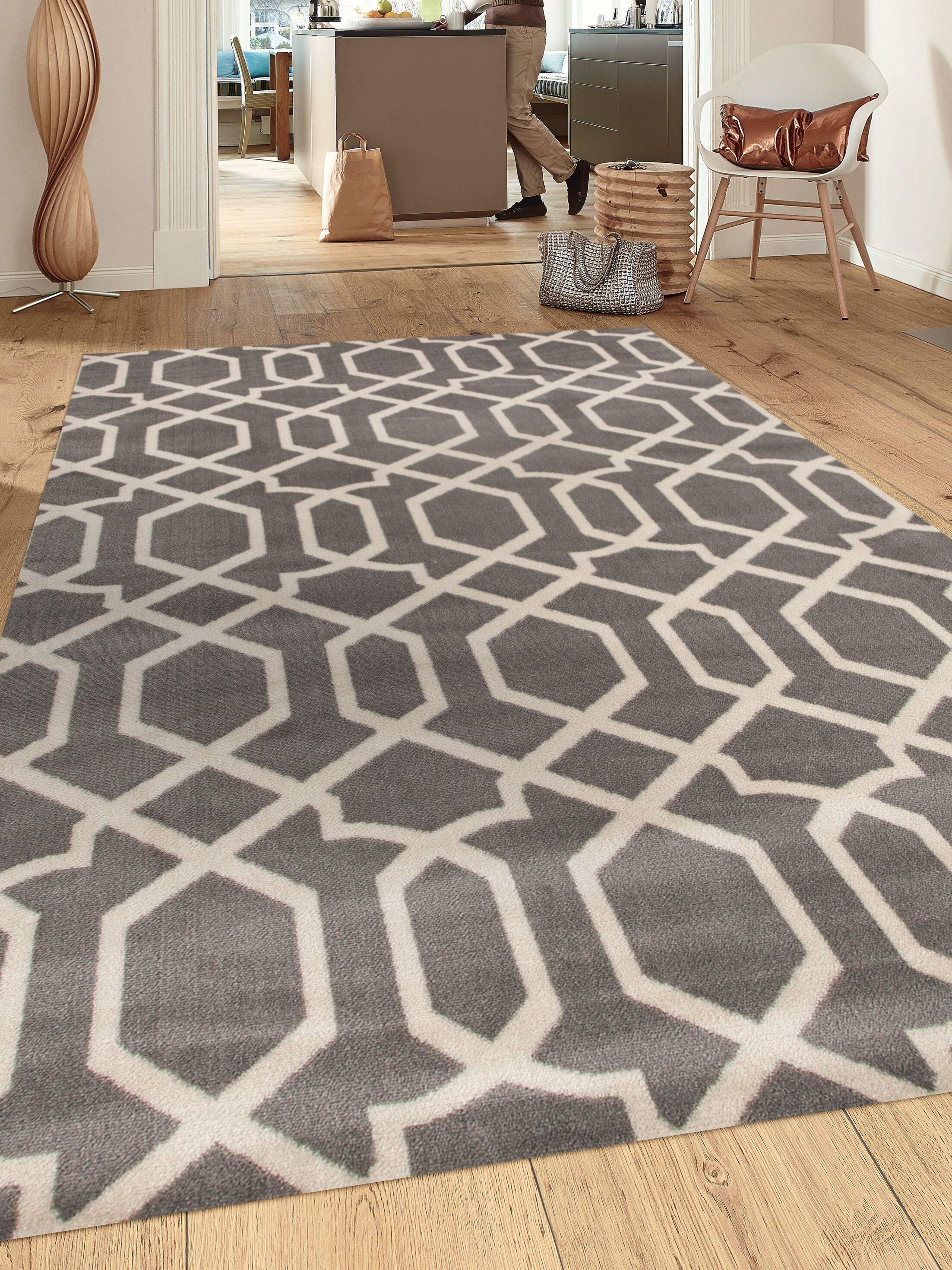 Ryann Gray/Ivory Area Rug Rug Size: Rectangle 5'3