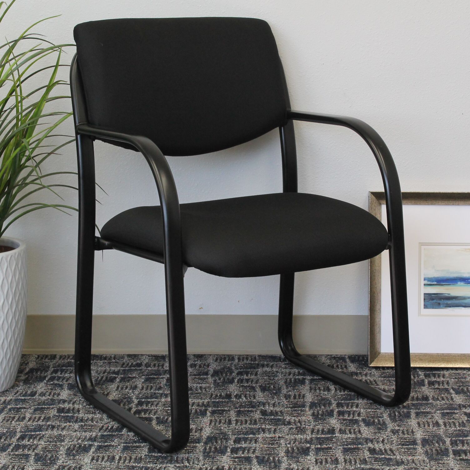 Annalee Guest Chair Color: Black