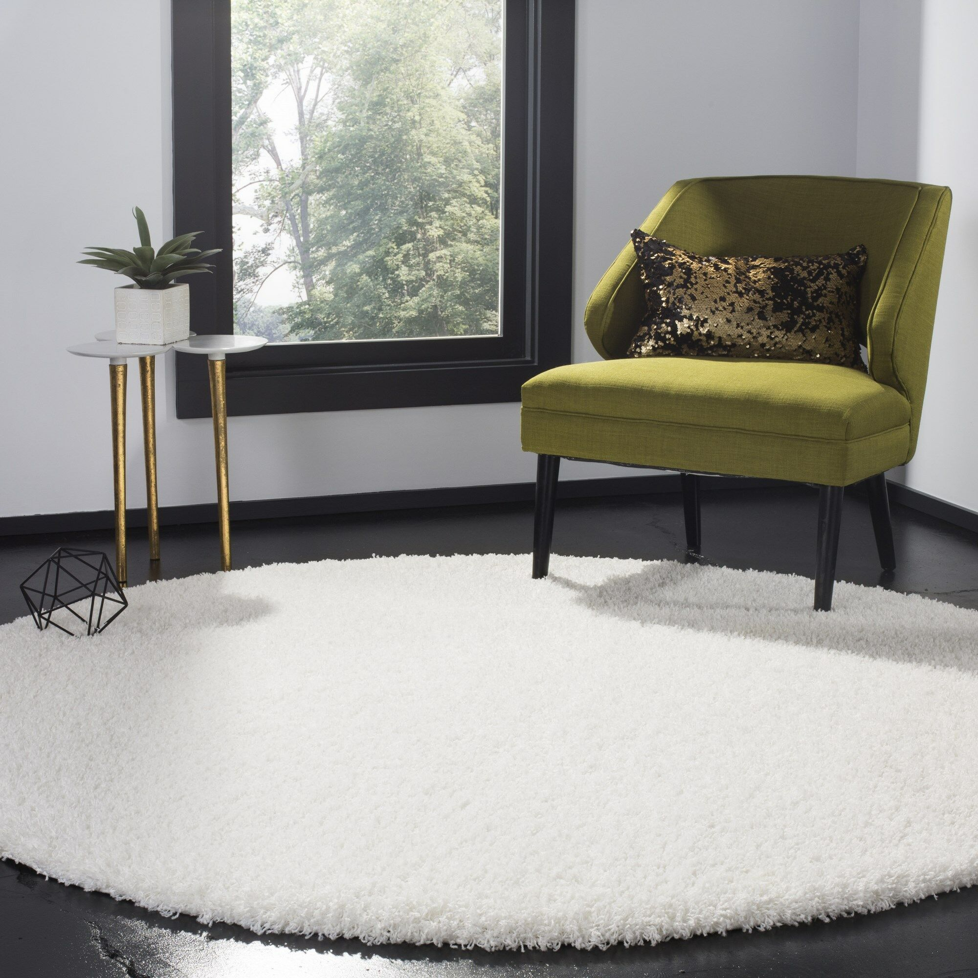 Cole White Area Rug Rug Size: Round 6'7