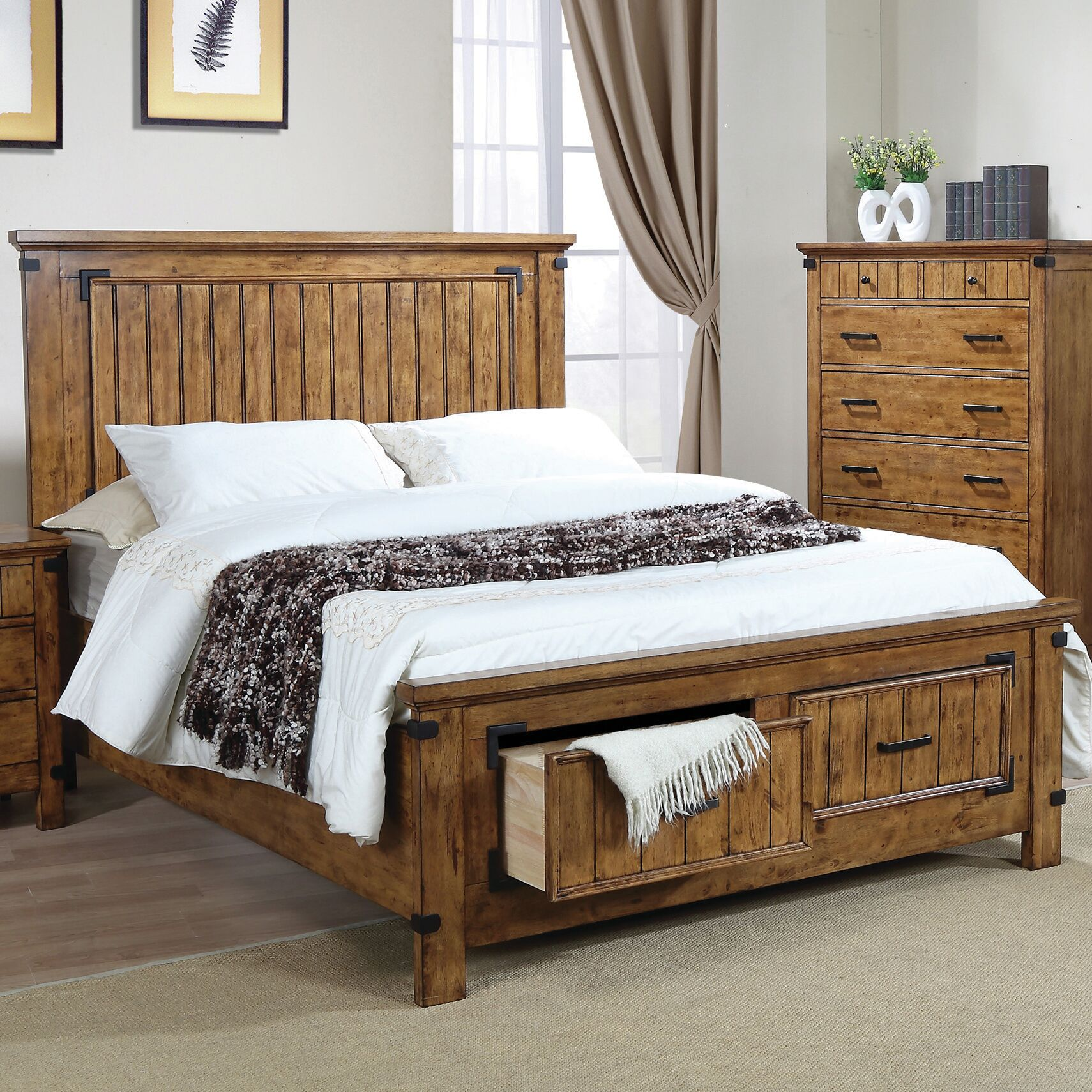 Hartford Storage Platform Bed Size: Full