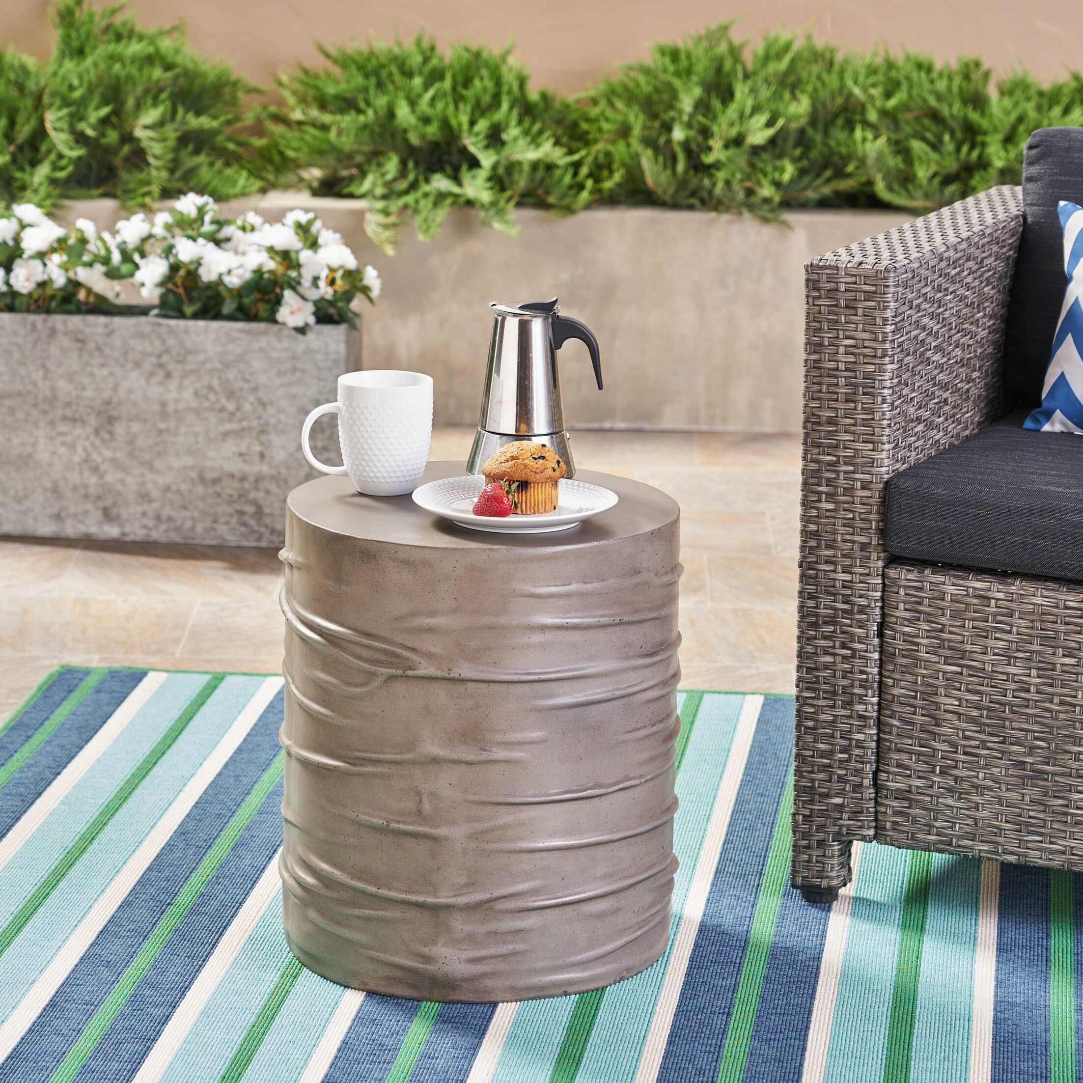 Outdoor Side Table Color: Light Gray